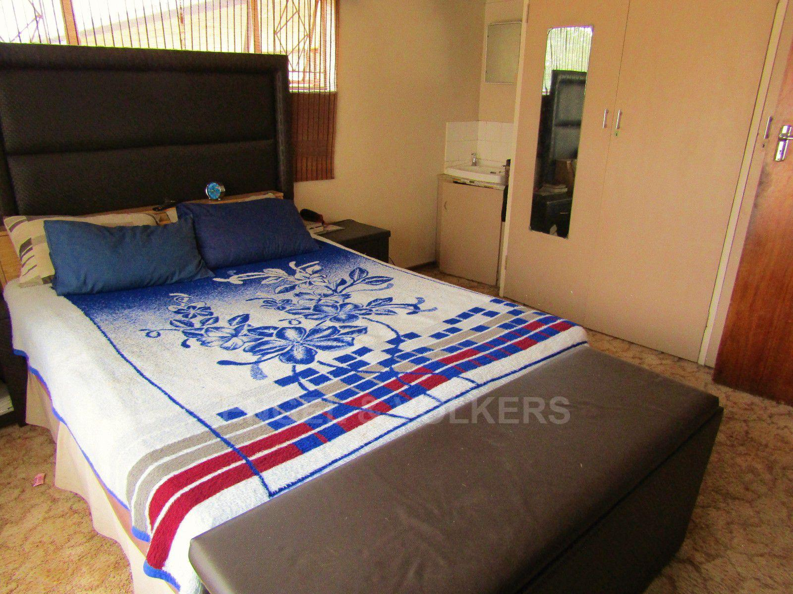 Potchefstroom Central property for sale. Ref No: 13413348. Picture no 10