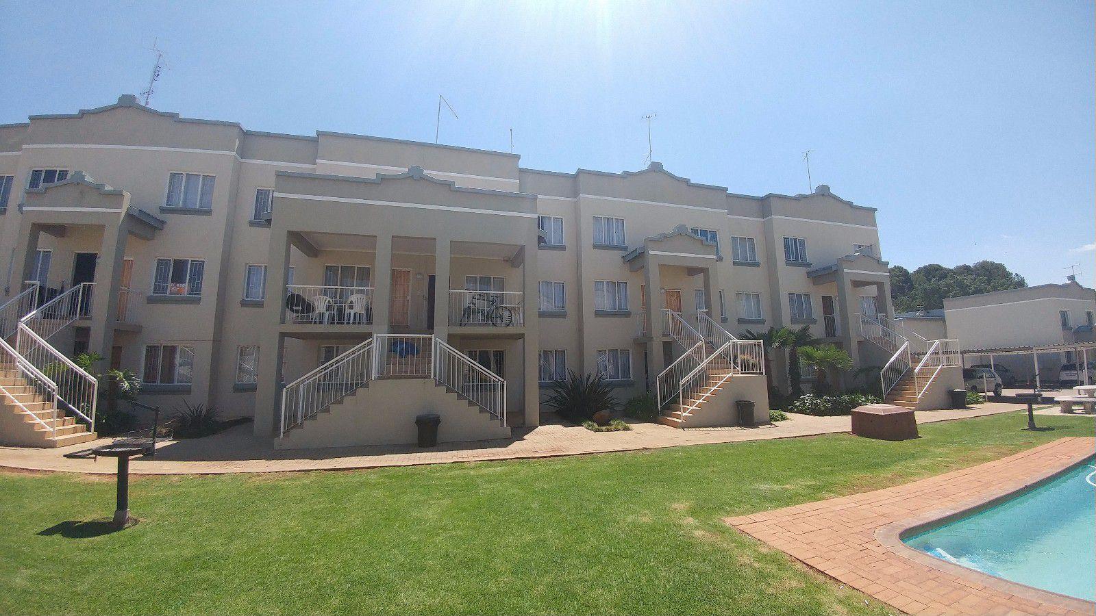 Kannoniers Park property for sale. Ref No: 13414023. Picture no 1