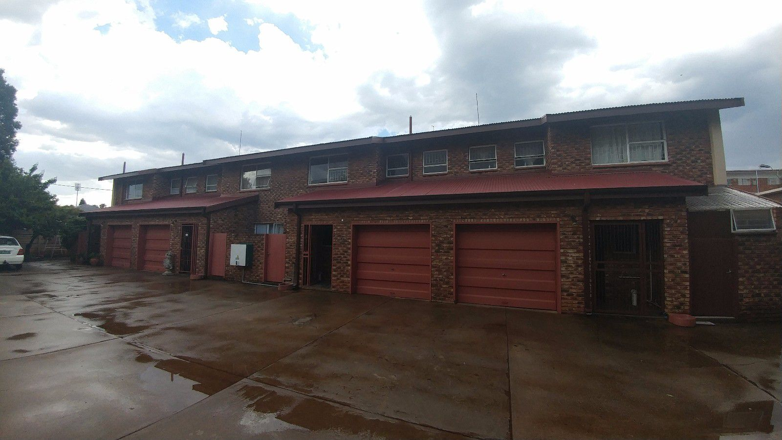 Potchefstroom Central property for sale. Ref No: 13414401. Picture no 2