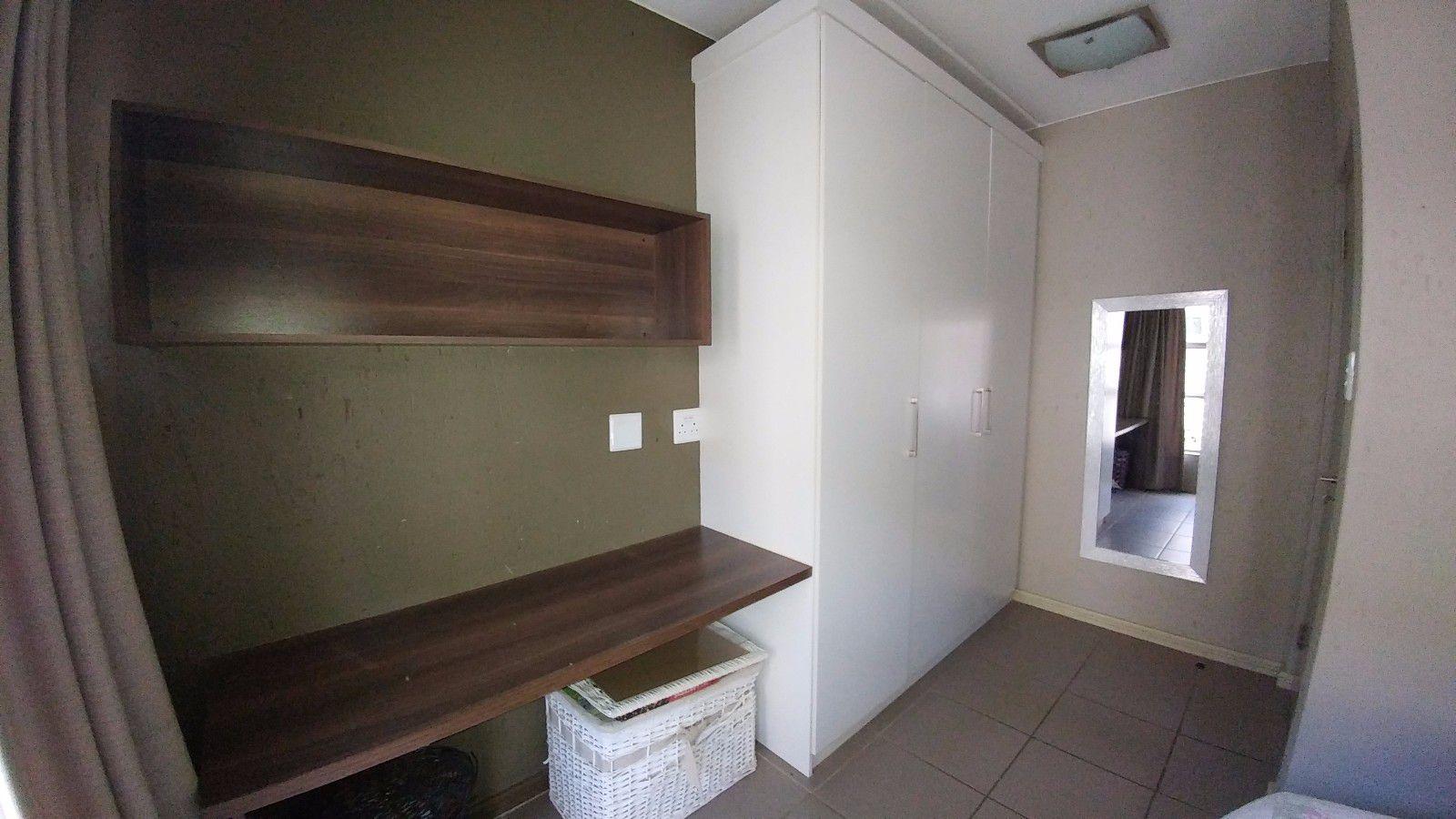 Van Der Hoff Park property for sale. Ref No: 13449638. Picture no 17