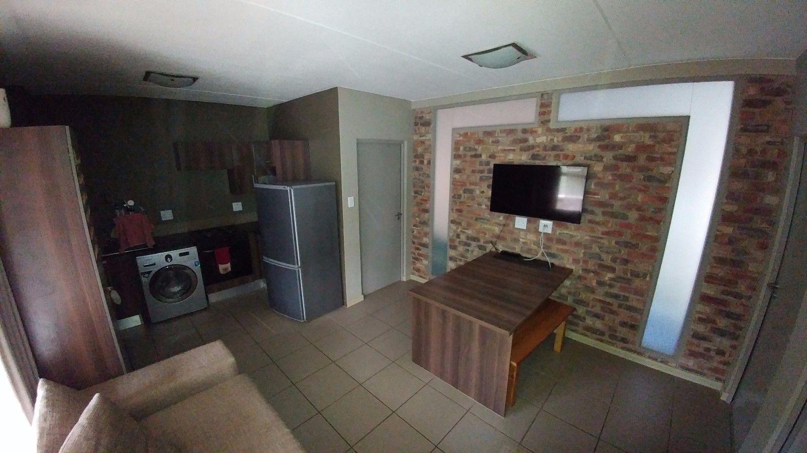 Van Der Hoff Park property for sale. Ref No: 13449638. Picture no 13