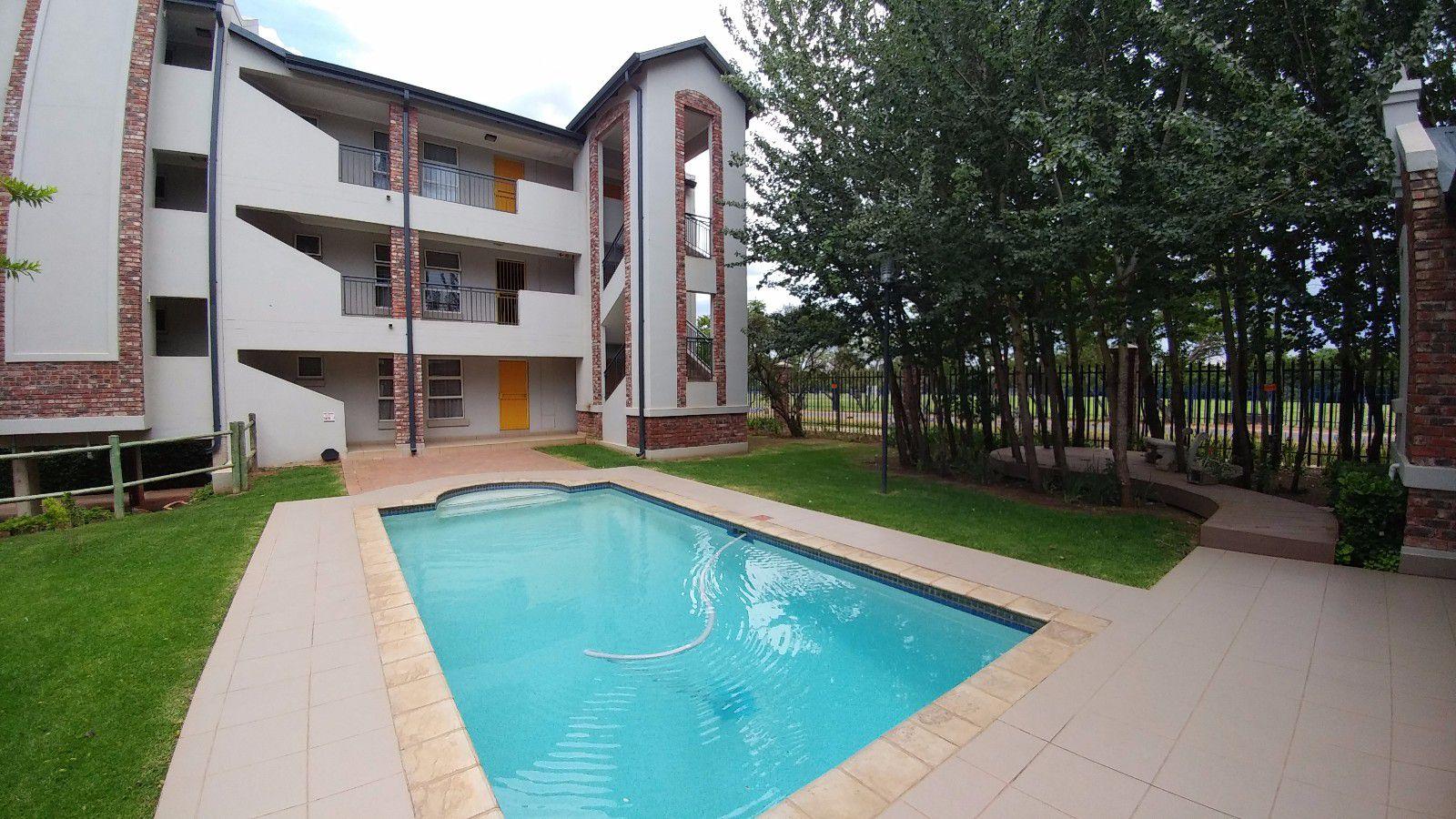 Van Der Hoff Park property for sale. Ref No: 13449638. Picture no 2
