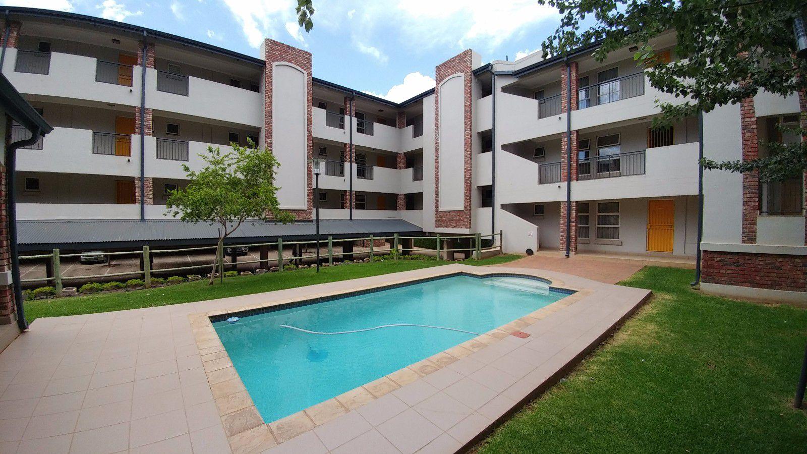 Van Der Hoff Park property for sale. Ref No: 13449638. Picture no 1