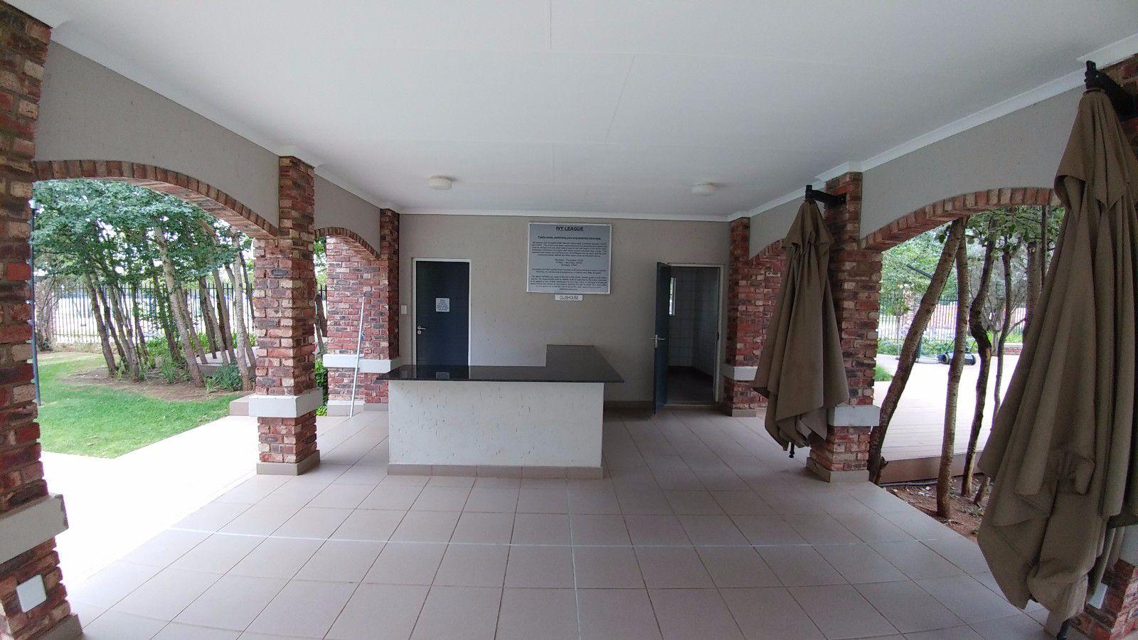 Van Der Hoff Park property for sale. Ref No: 13449638. Picture no 4