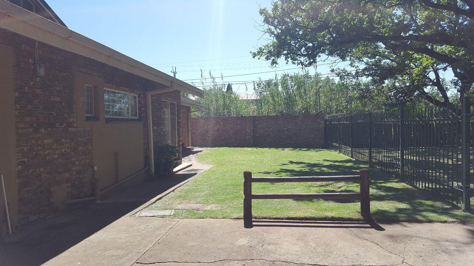 Potchefstroom, Bult West Property  | Houses For Sale Bult West, BULT WEST, Cluster 9 bedrooms property for sale Price:2,350,000
