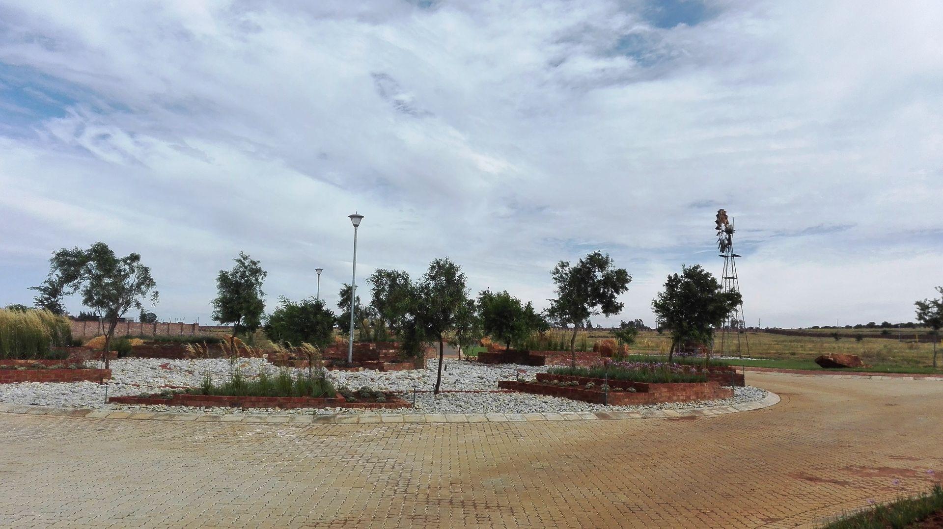 De Land Estate property for sale. Ref No: 13444515. Picture no 11