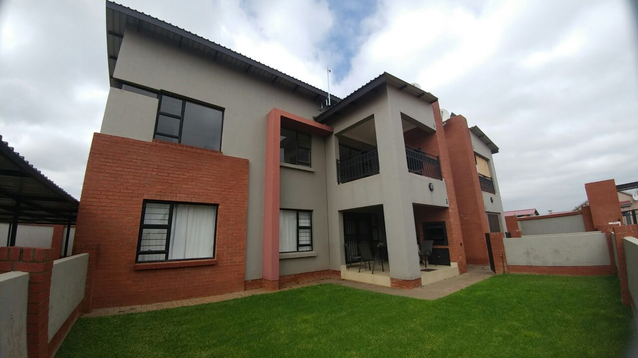 Baillie Park property for sale. Ref No: 13457674. Picture no 1