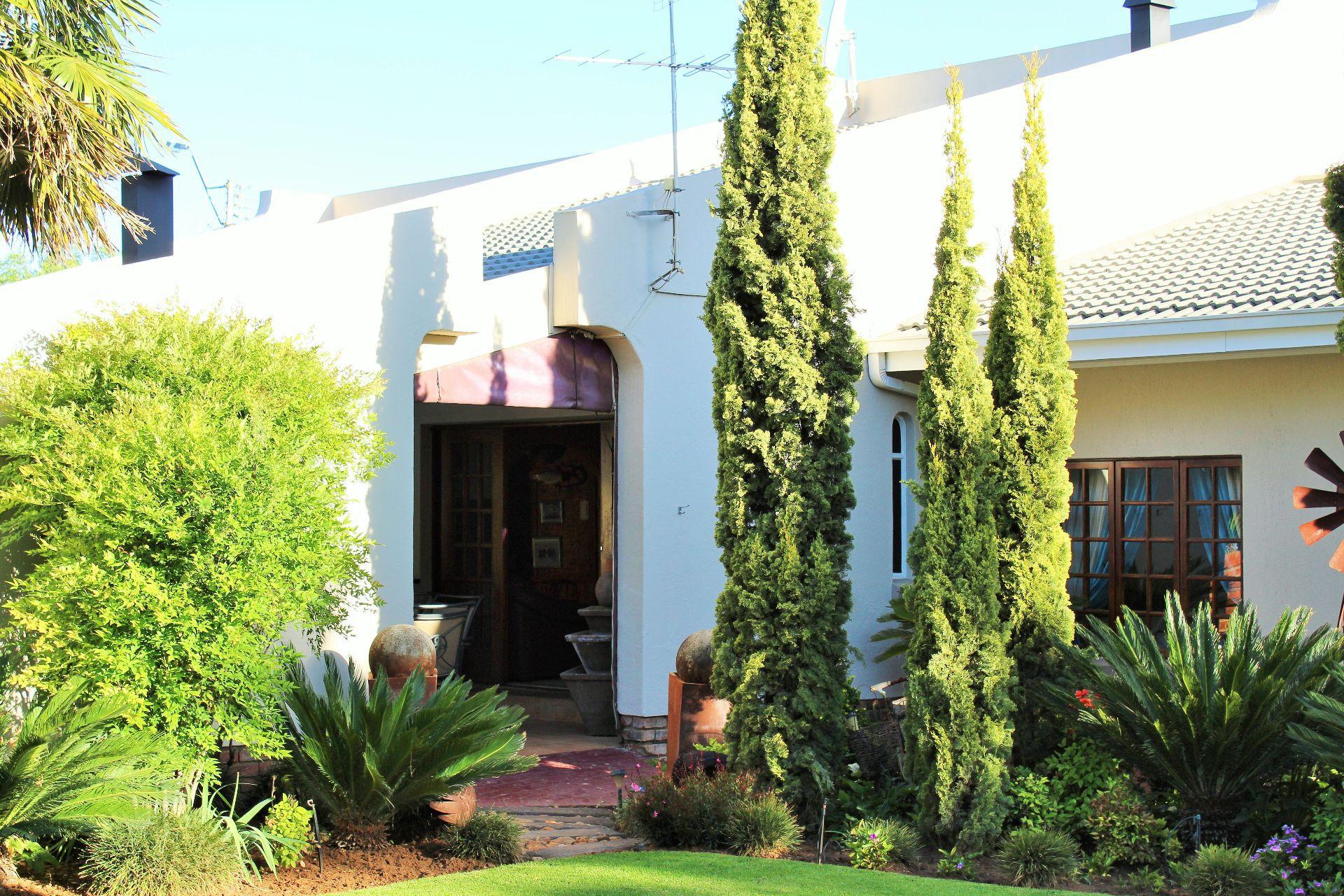 Van Der Hoff Park property for sale. Ref No: 13461617. Picture no 5