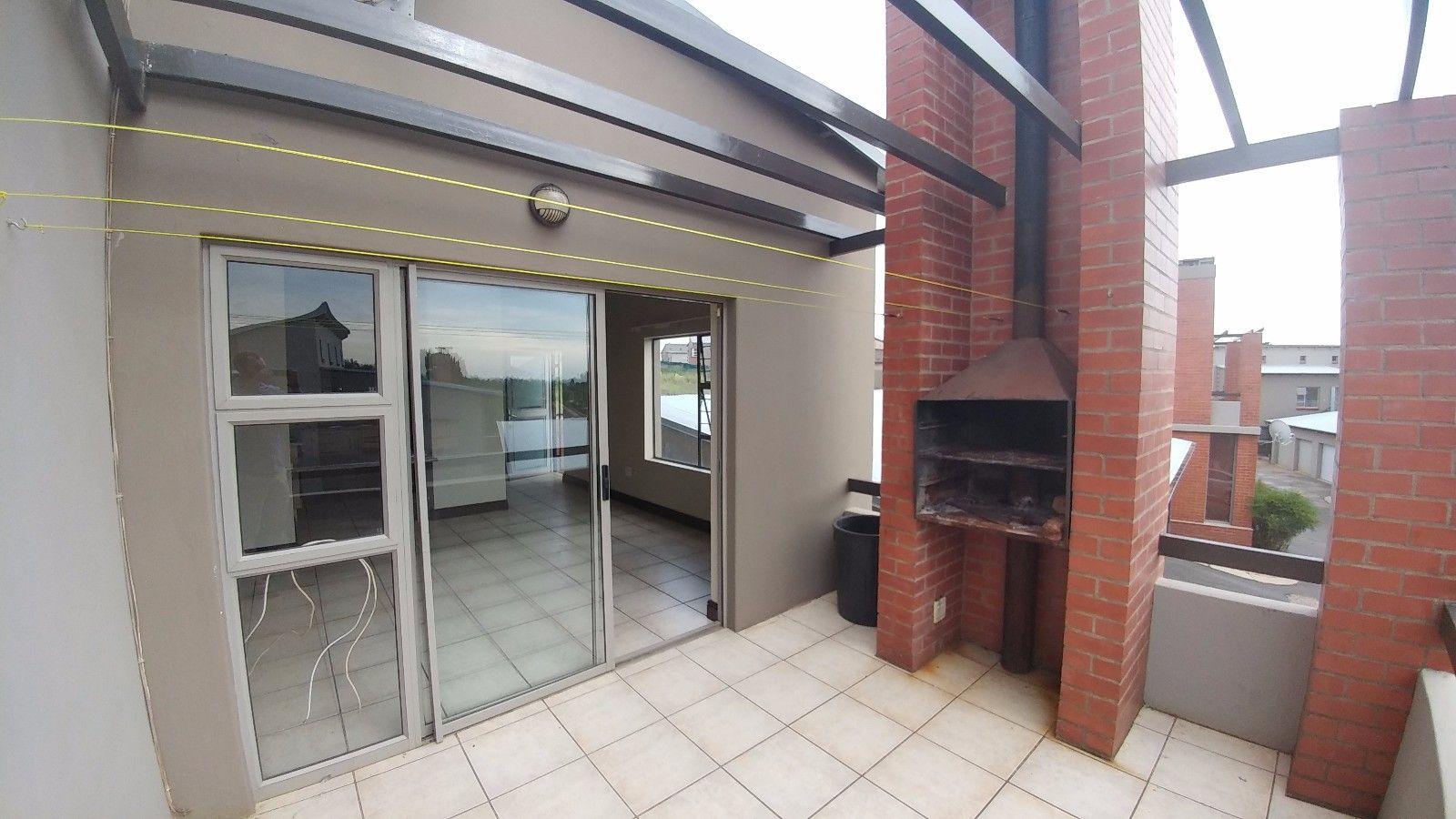 Dassie Rand property for sale. Ref No: 13449639. Picture no 4