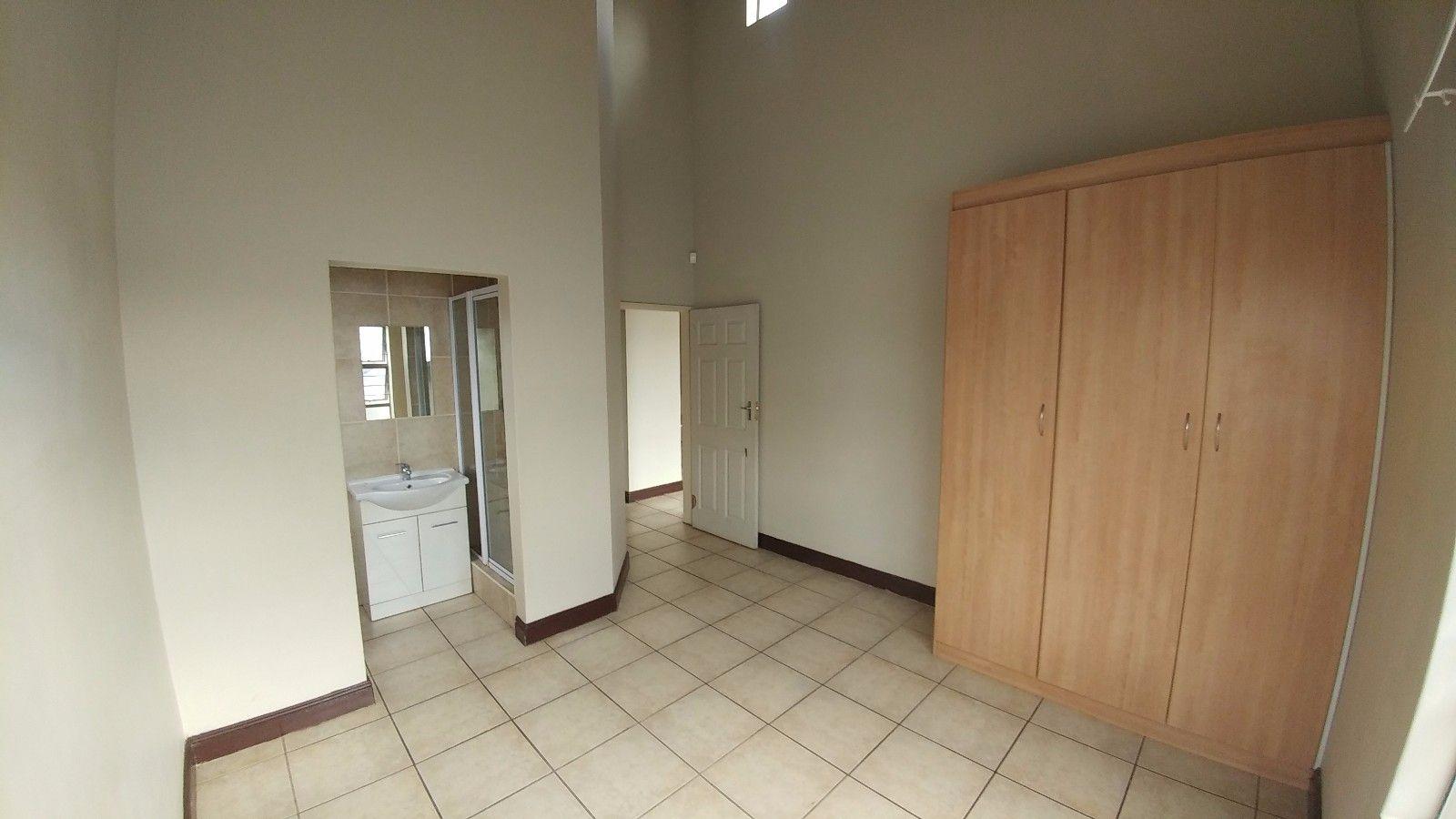 Dassie Rand property for sale. Ref No: 13449639. Picture no 14