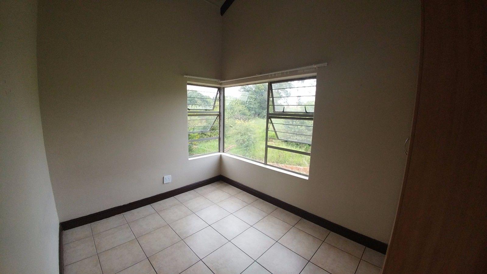 Dassie Rand property for sale. Ref No: 13449639. Picture no 15