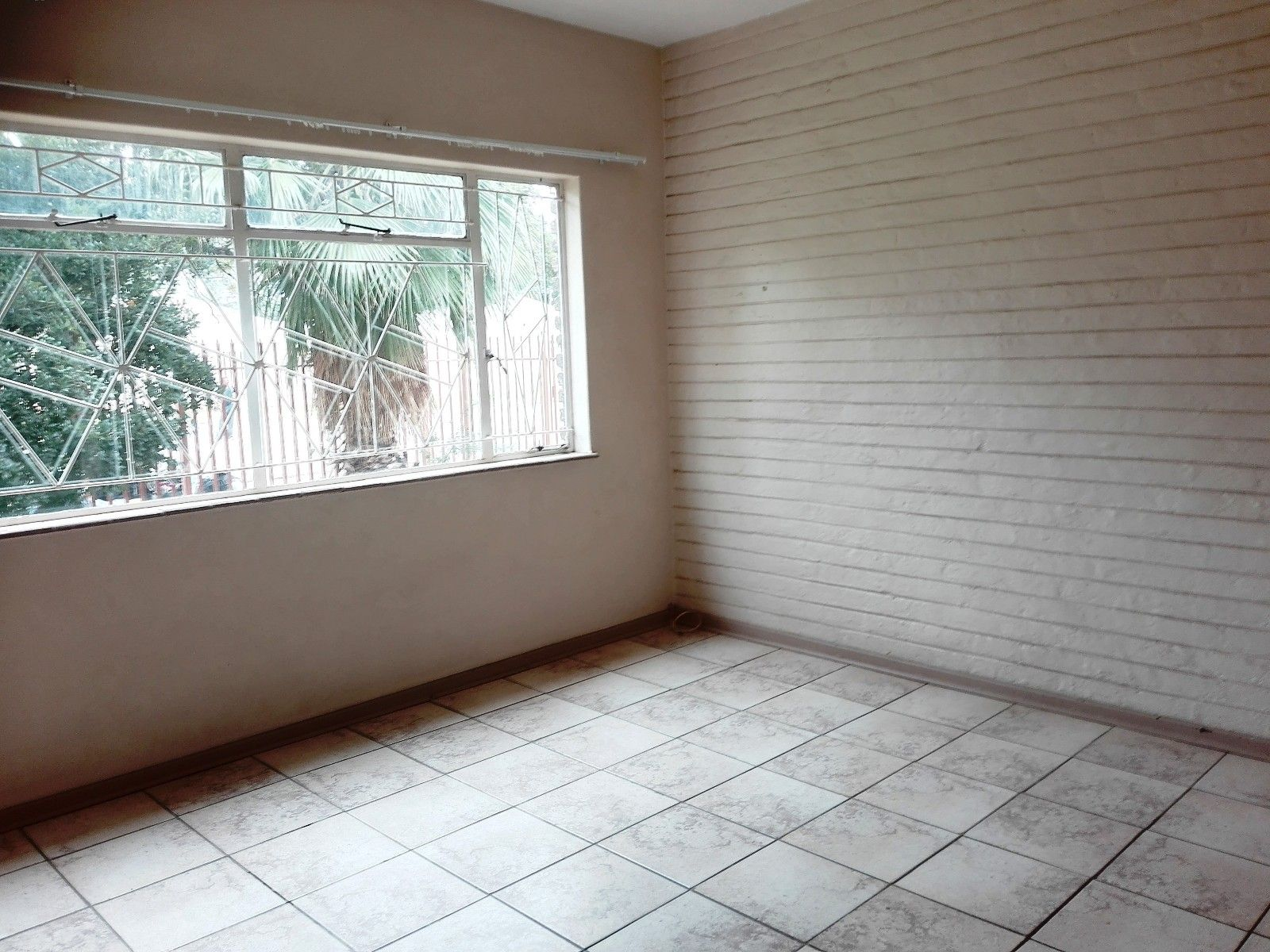 Bult West property for sale. Ref No: 13466336. Picture no 16
