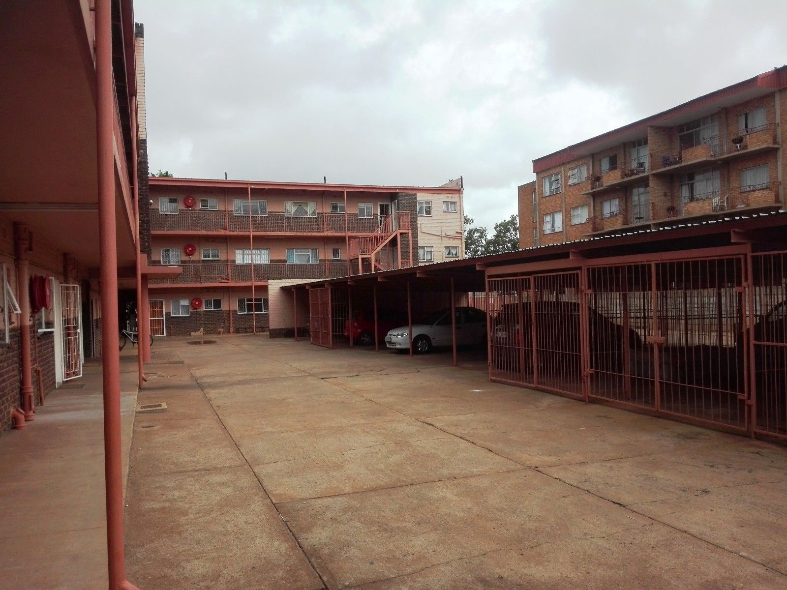 Bult West property for sale. Ref No: 13466336. Picture no 6