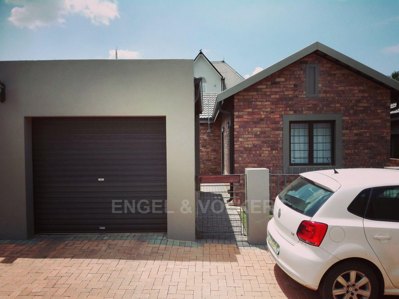 Potchefstroom Central property for sale. Ref No: 13451927. Picture no 2