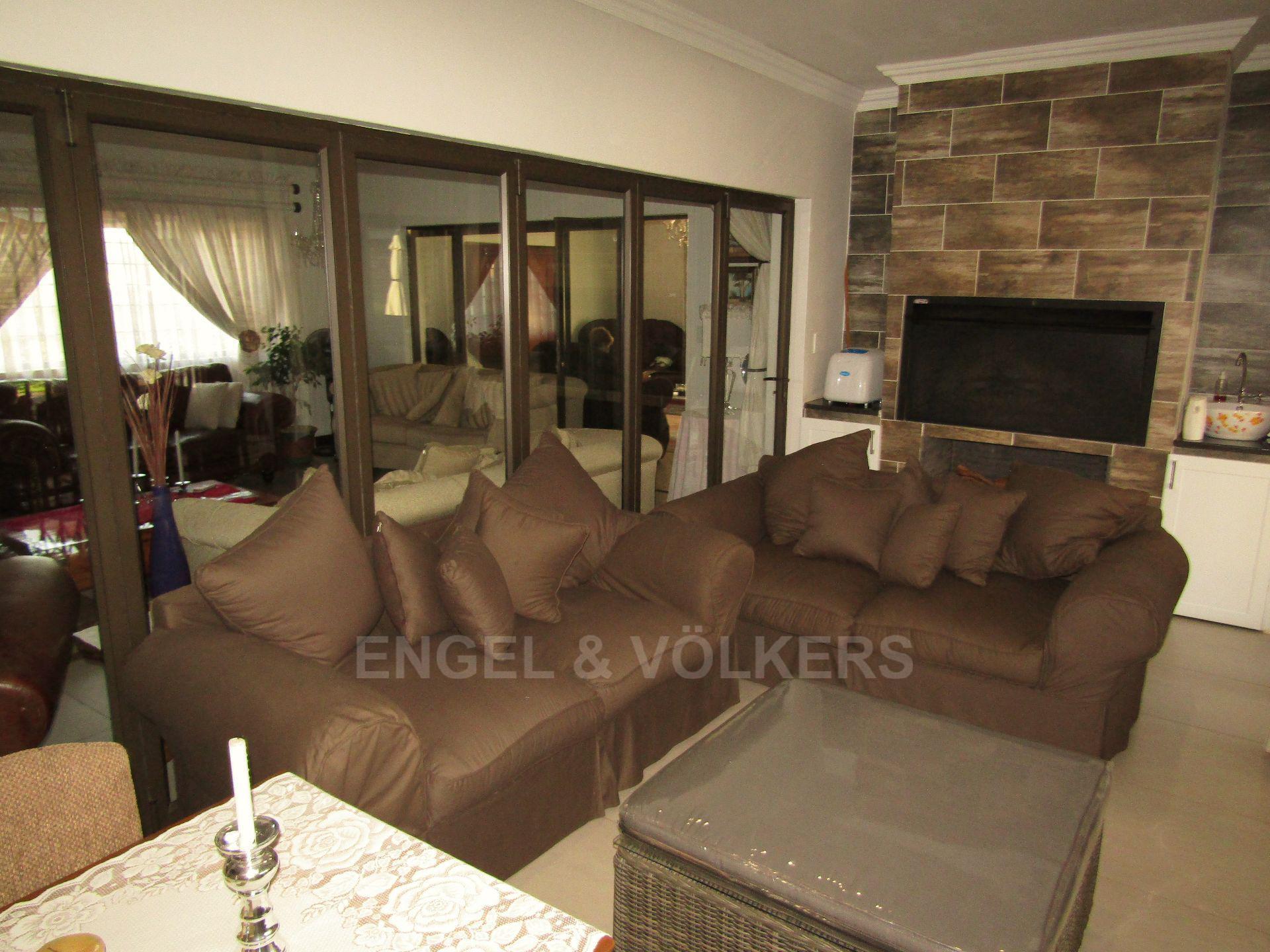 Lifestyle Estate property for sale. Ref No: 13458759. Picture no 10
