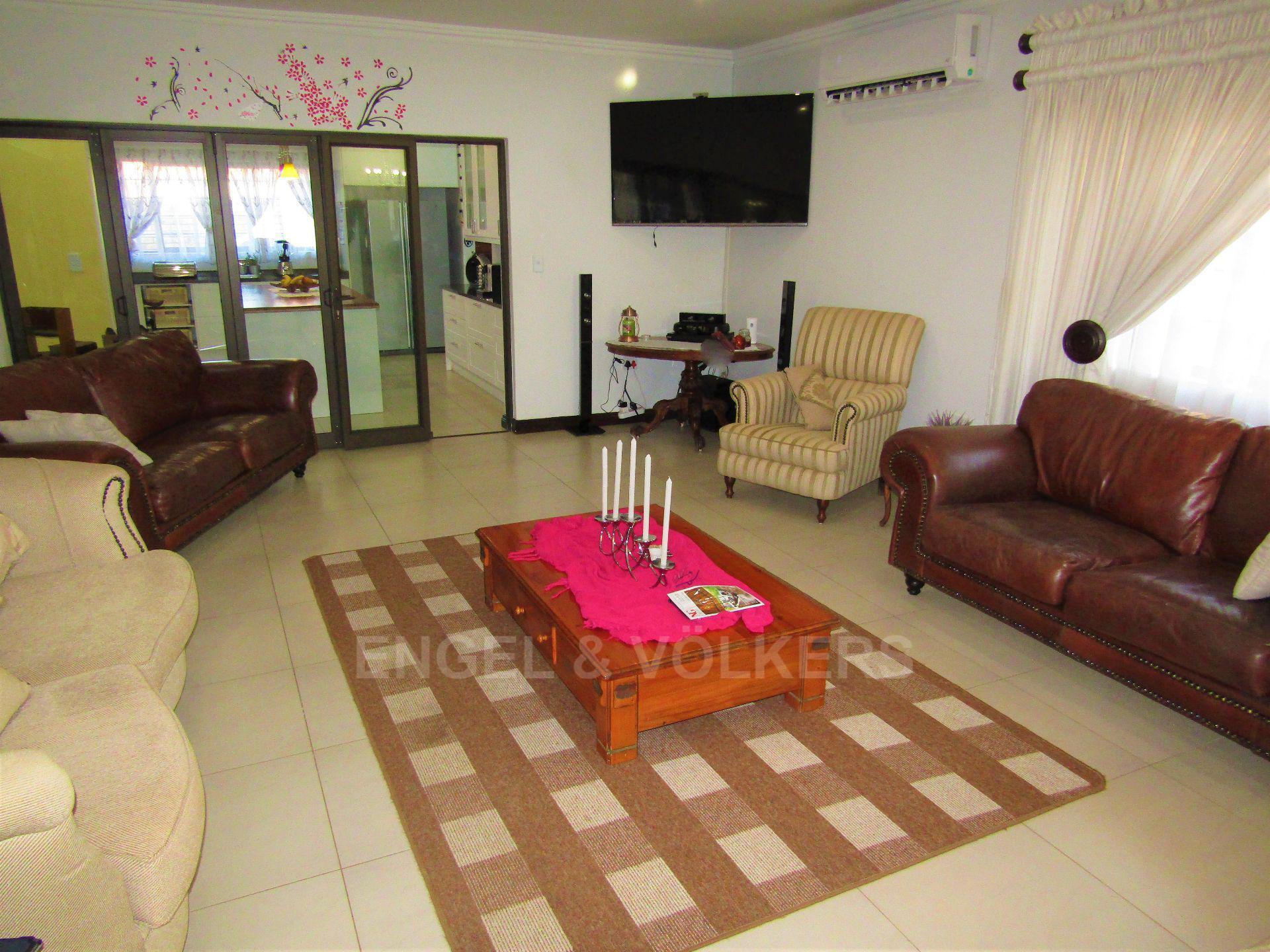 Lifestyle Estate property for sale. Ref No: 13458759. Picture no 3