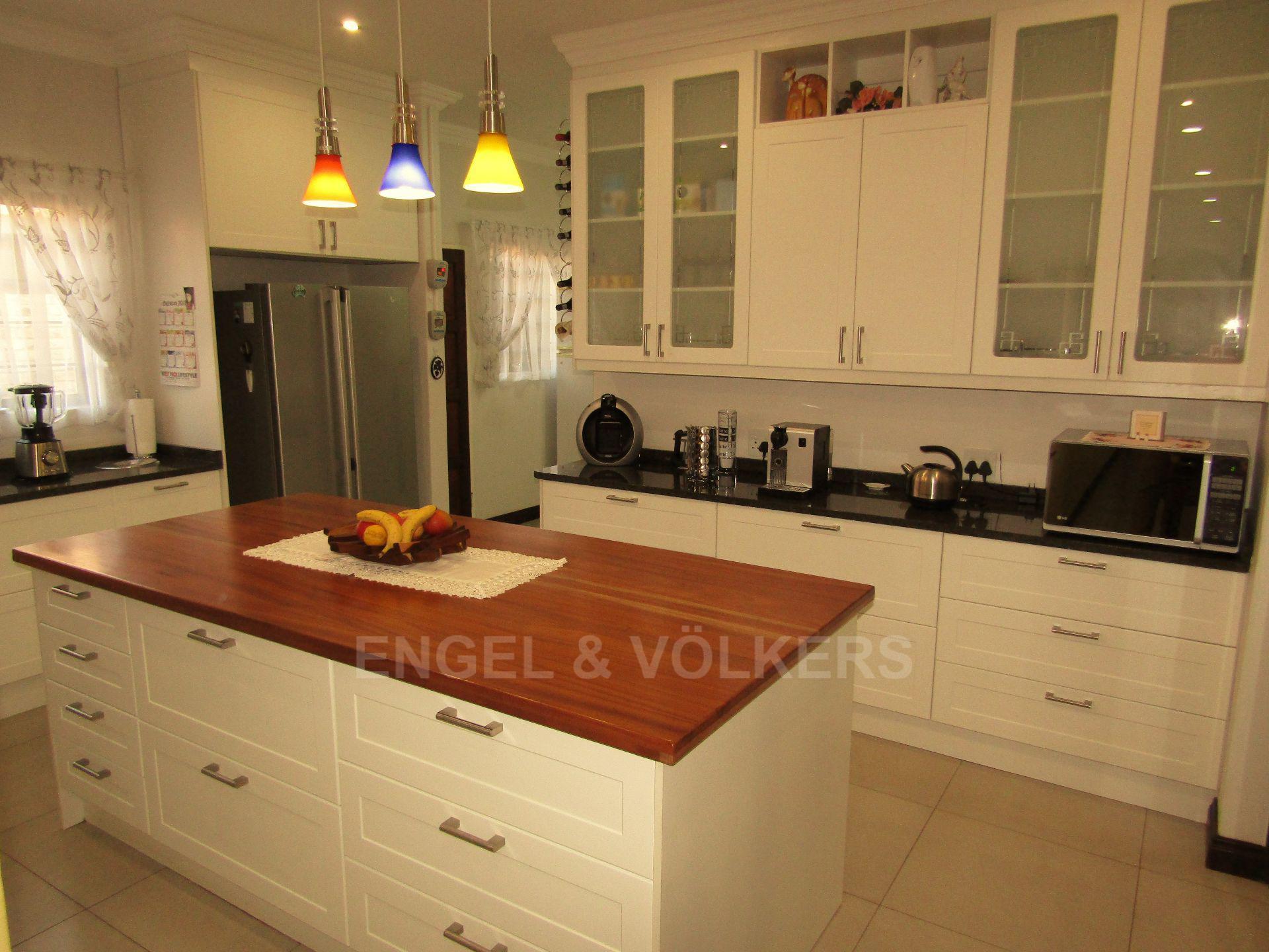 Lifestyle Estate property for sale. Ref No: 13458759. Picture no 6