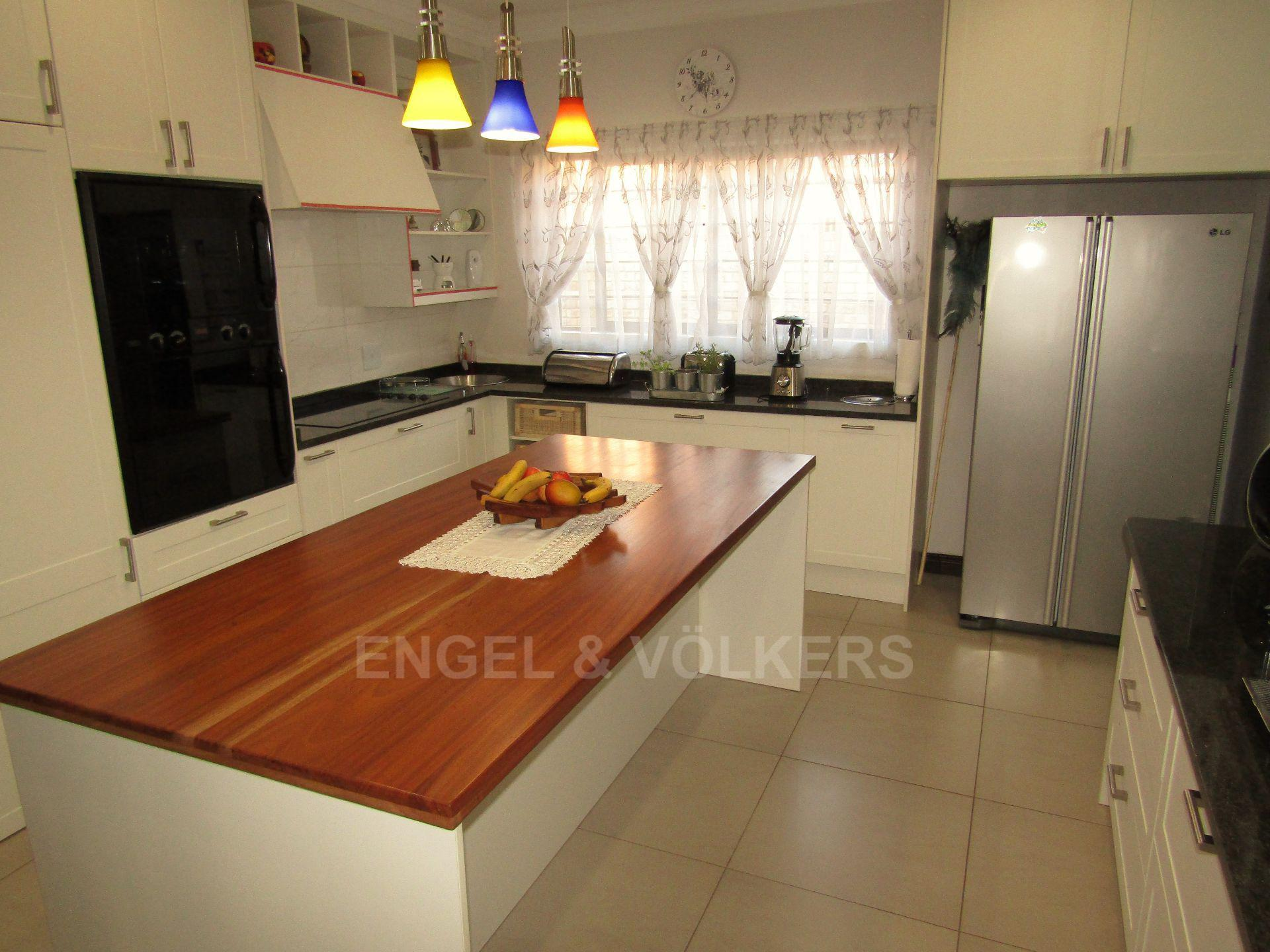 Lifestyle Estate property for sale. Ref No: 13458759. Picture no 7