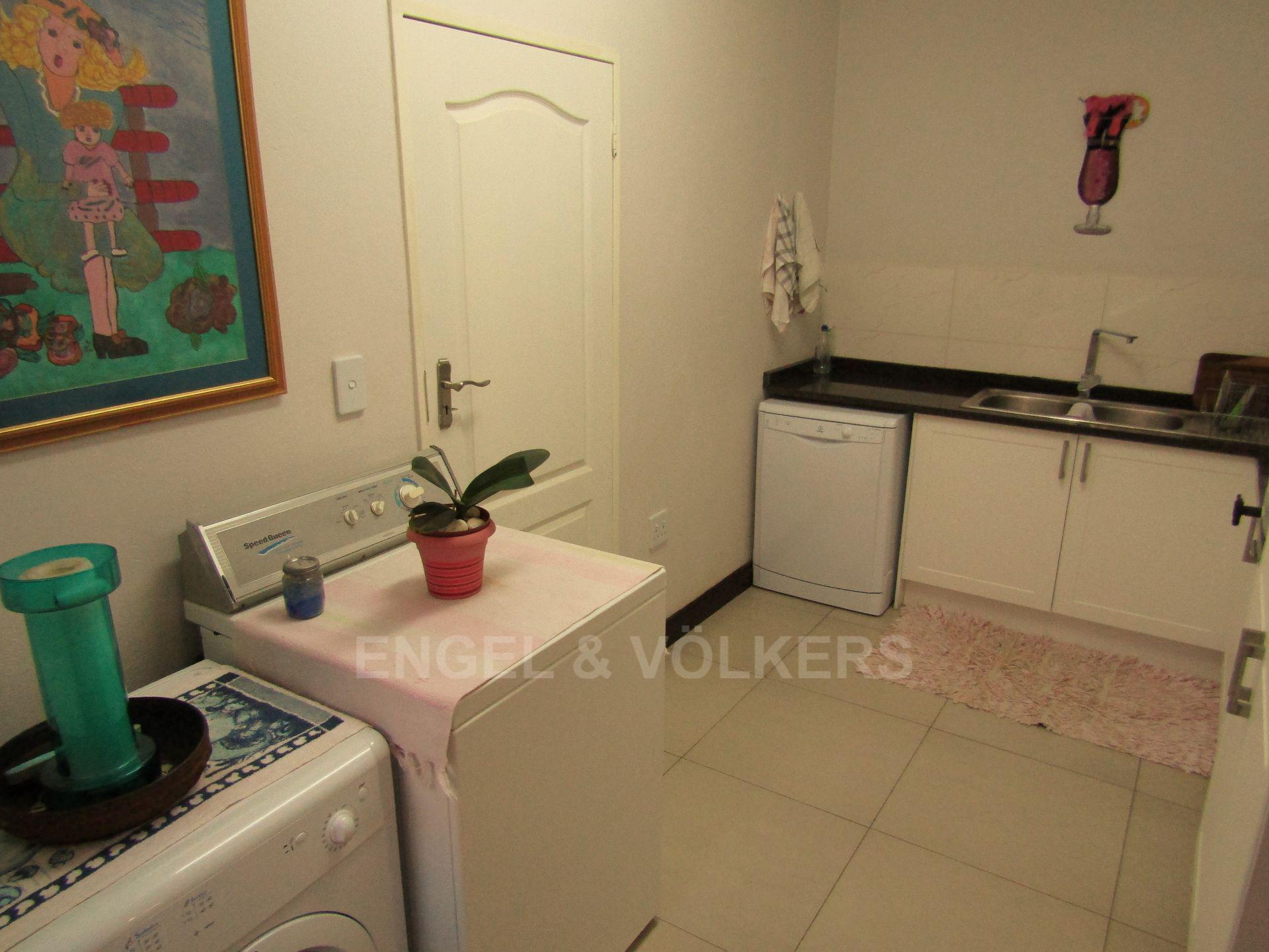 Lifestyle Estate property for sale. Ref No: 13458759. Picture no 8