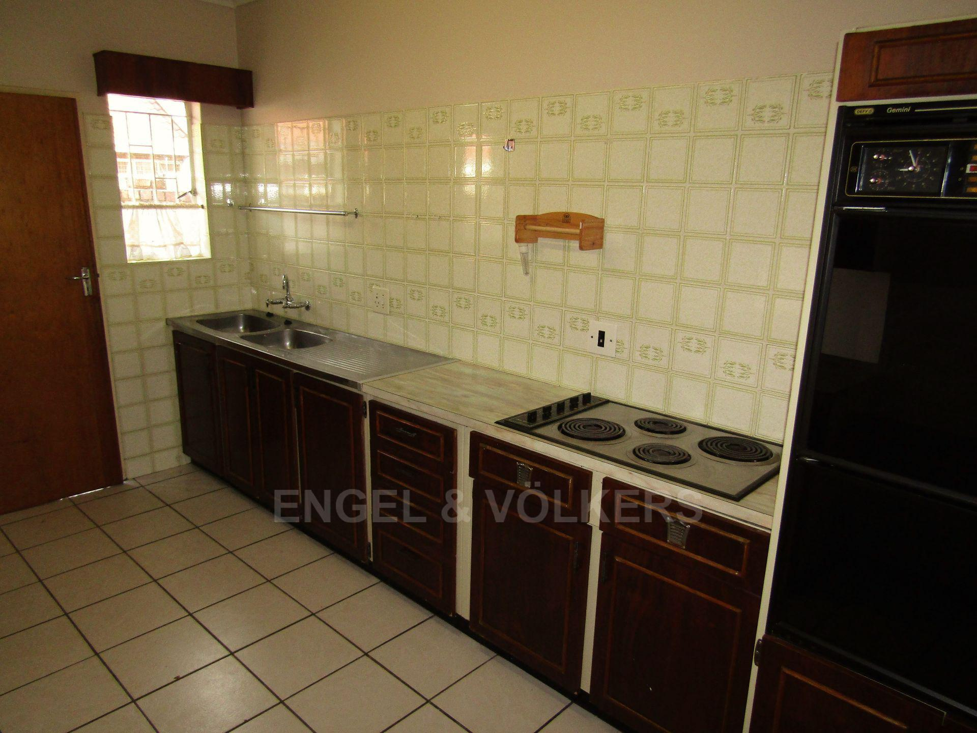 Potchefstroom Central property for sale. Ref No: 13459099. Picture no 10