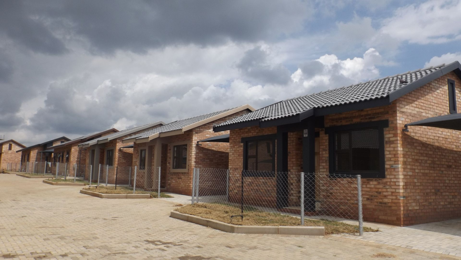 Property and Houses to rent in Ikageng, Simplex, 3 Bedrooms - ZAR ,  4,00*,M