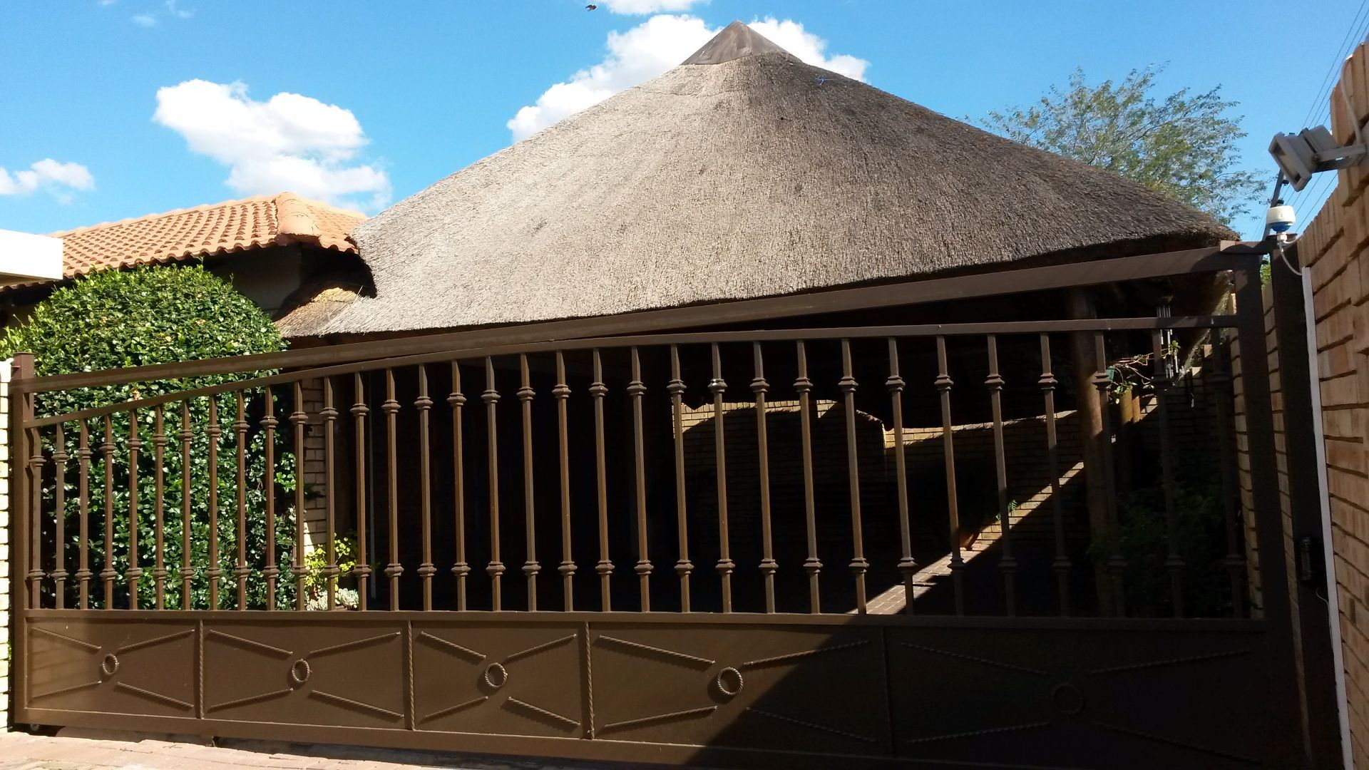 Potchefstroom Central property for sale. Ref No: 13463328. Picture no 2
