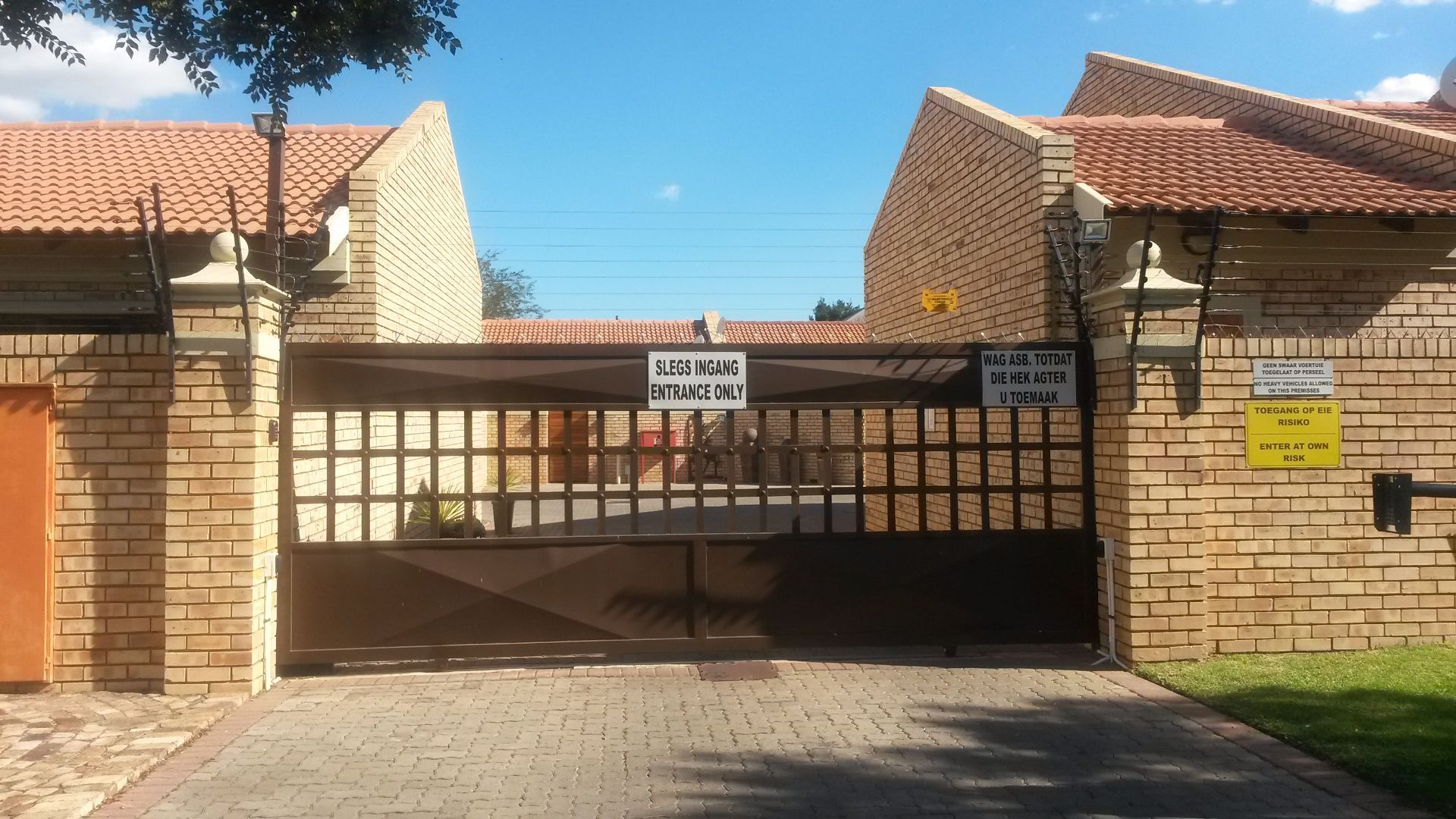 Potchefstroom Central property for sale. Ref No: 13463328. Picture no 9