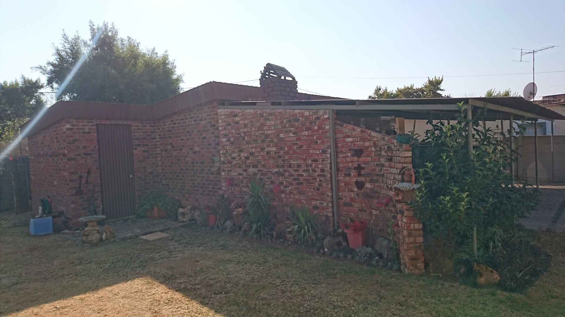 Suid Dorp property for sale. Ref No: 13504335. Picture no 27