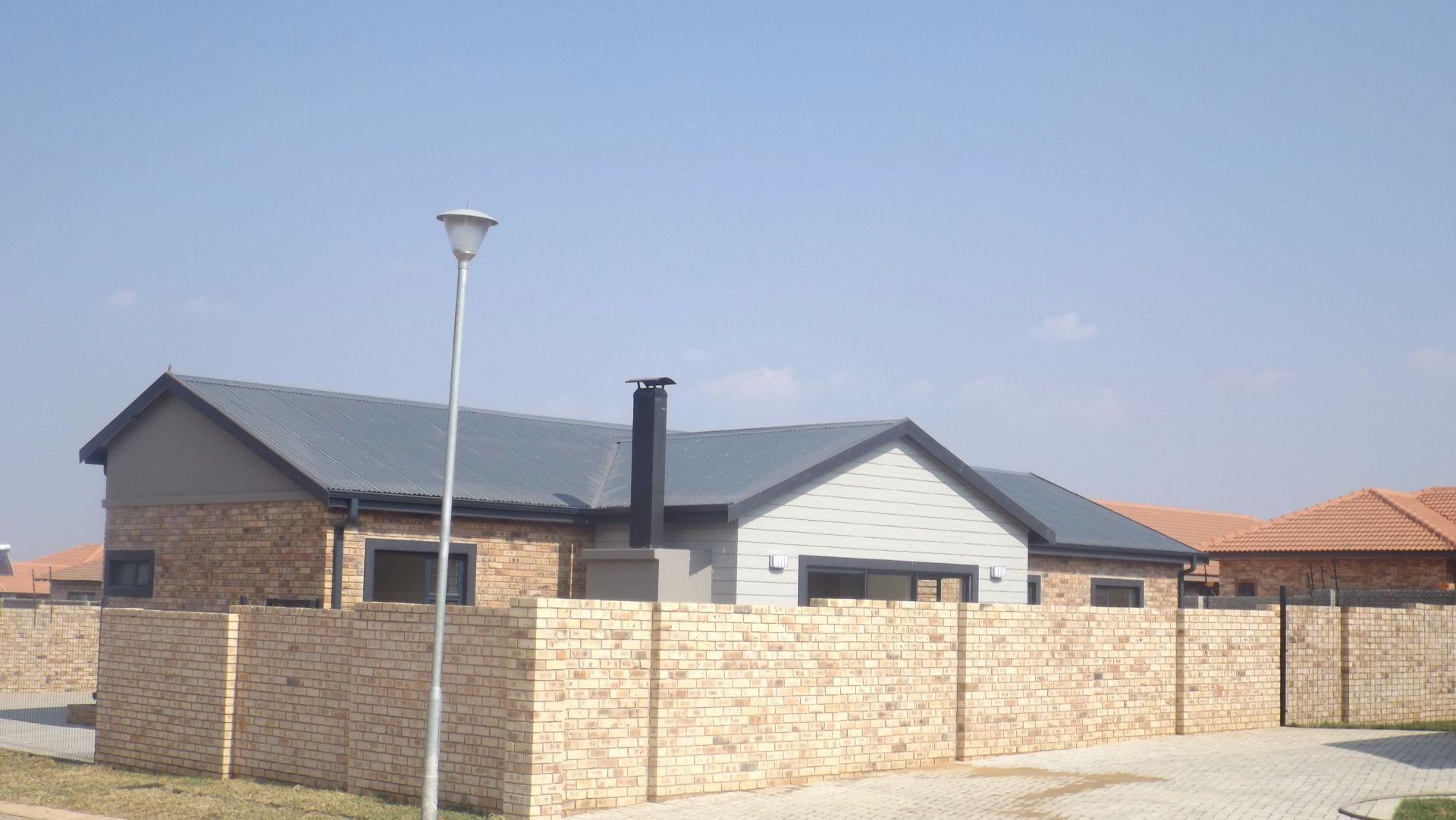 Baillie Park property for sale. Ref No: 13482019. Picture no 5