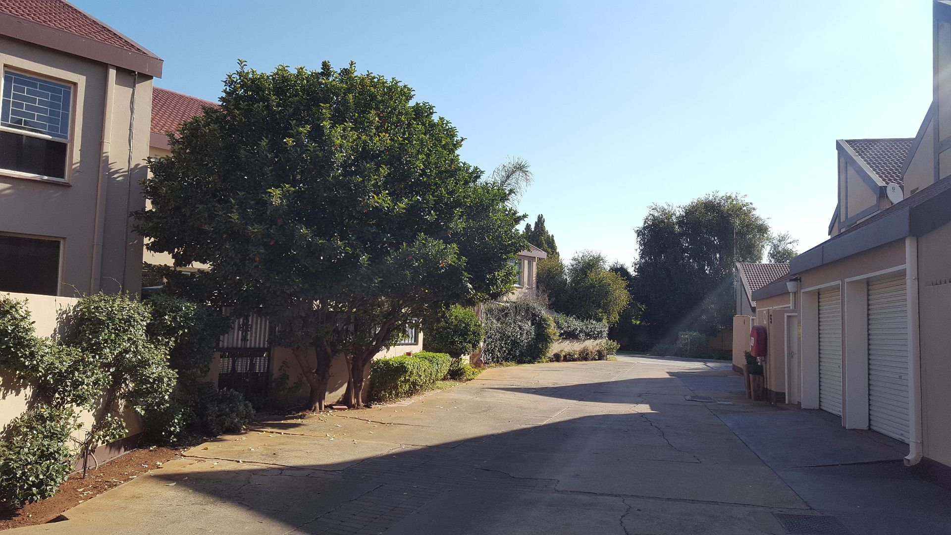 Property and Houses to rent in Potchefstroom Central, Duplex, 3 Bedrooms - ZAR ,  6,00*,M