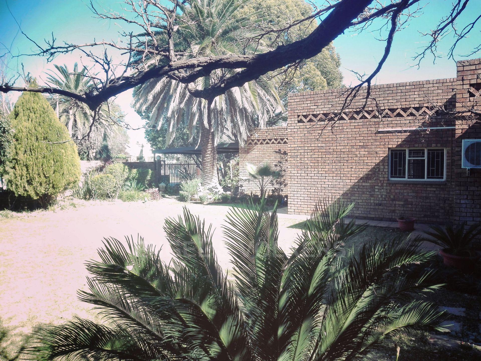 Van Der Hoff Park property for sale. Ref No: 13511325. Picture no 3