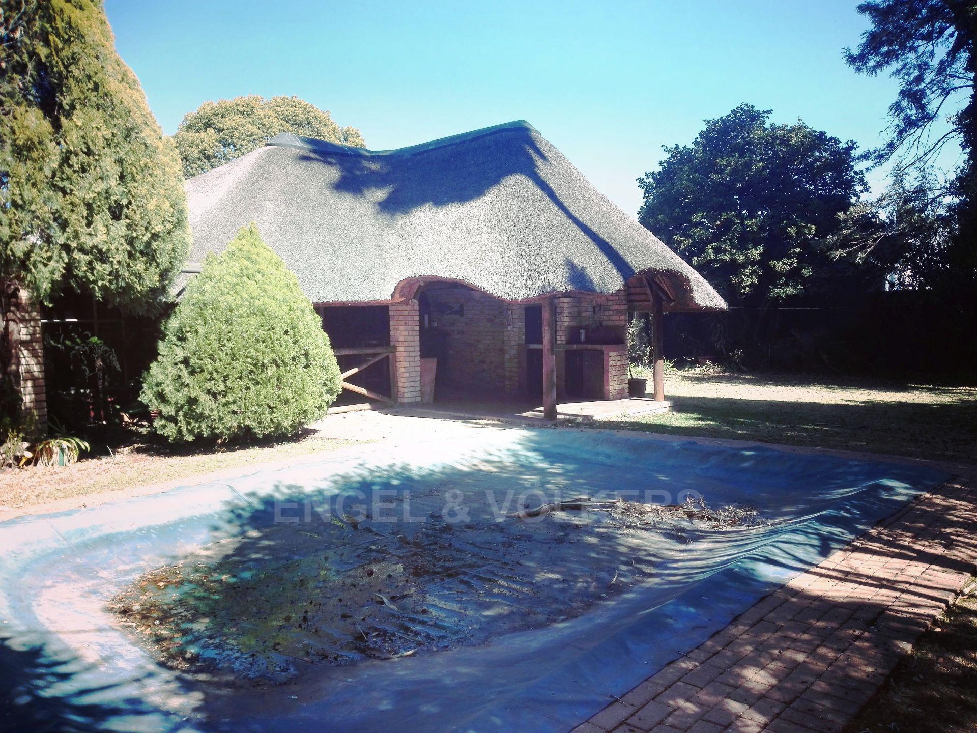 Van Der Hoff Park property for sale. Ref No: 13511325. Picture no 4