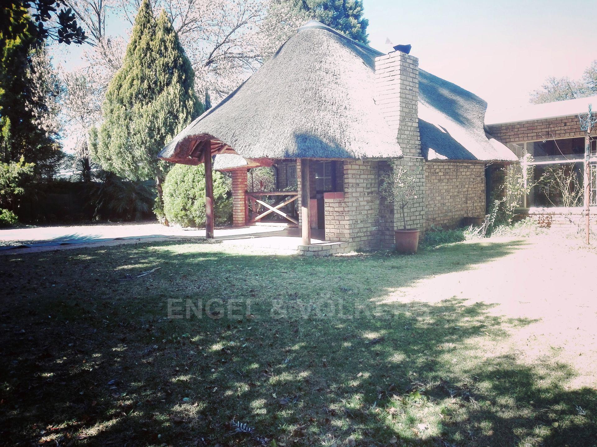 Van Der Hoff Park property for sale. Ref No: 13511325. Picture no 5