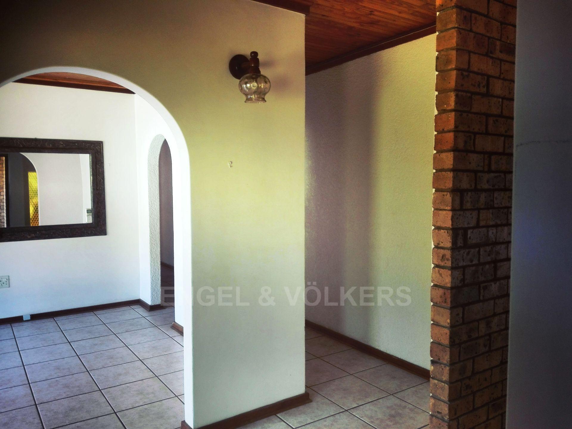 Van Der Hoff Park property for sale. Ref No: 13511325. Picture no 7