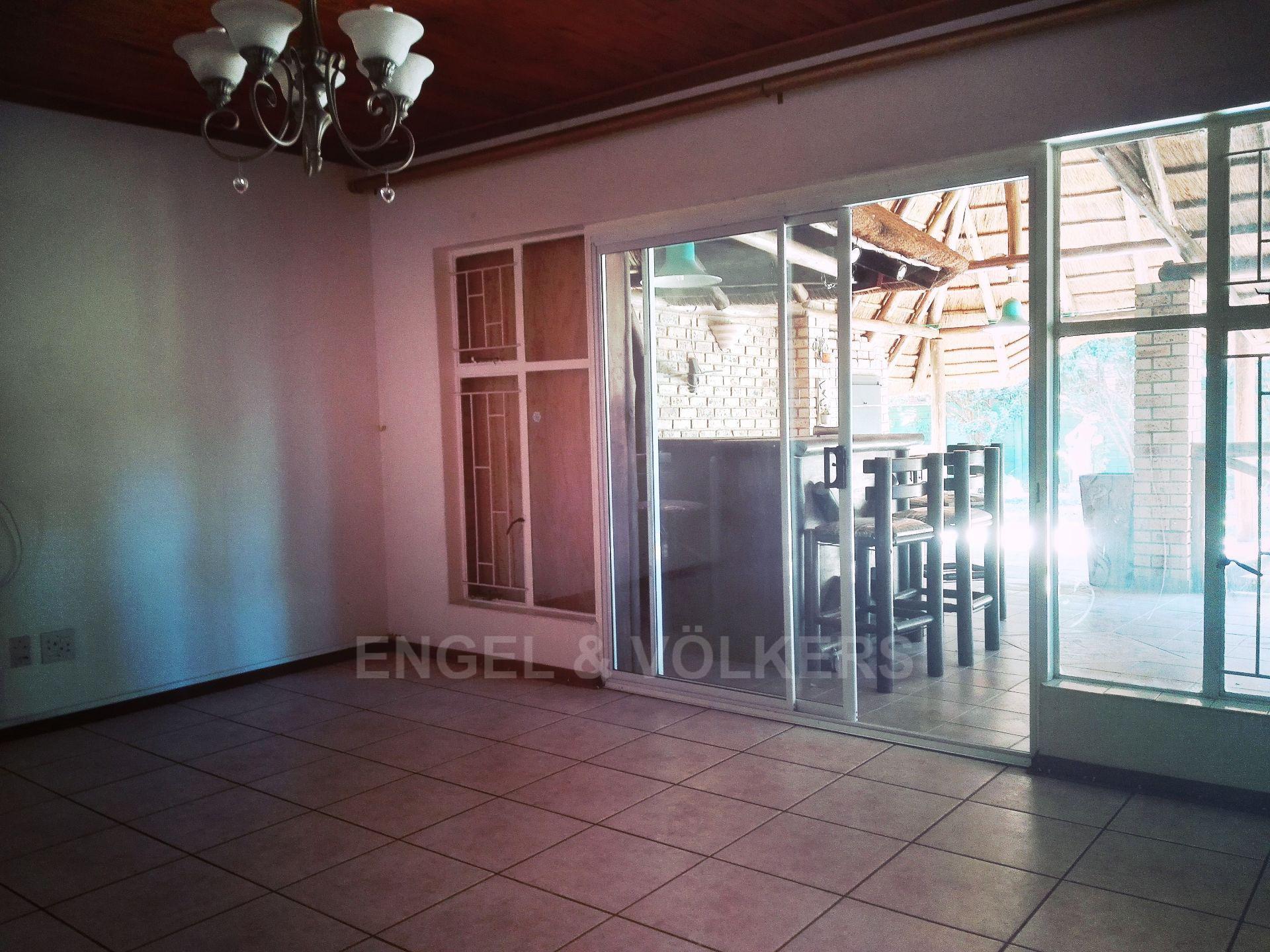 Van Der Hoff Park property for sale. Ref No: 13511325. Picture no 15