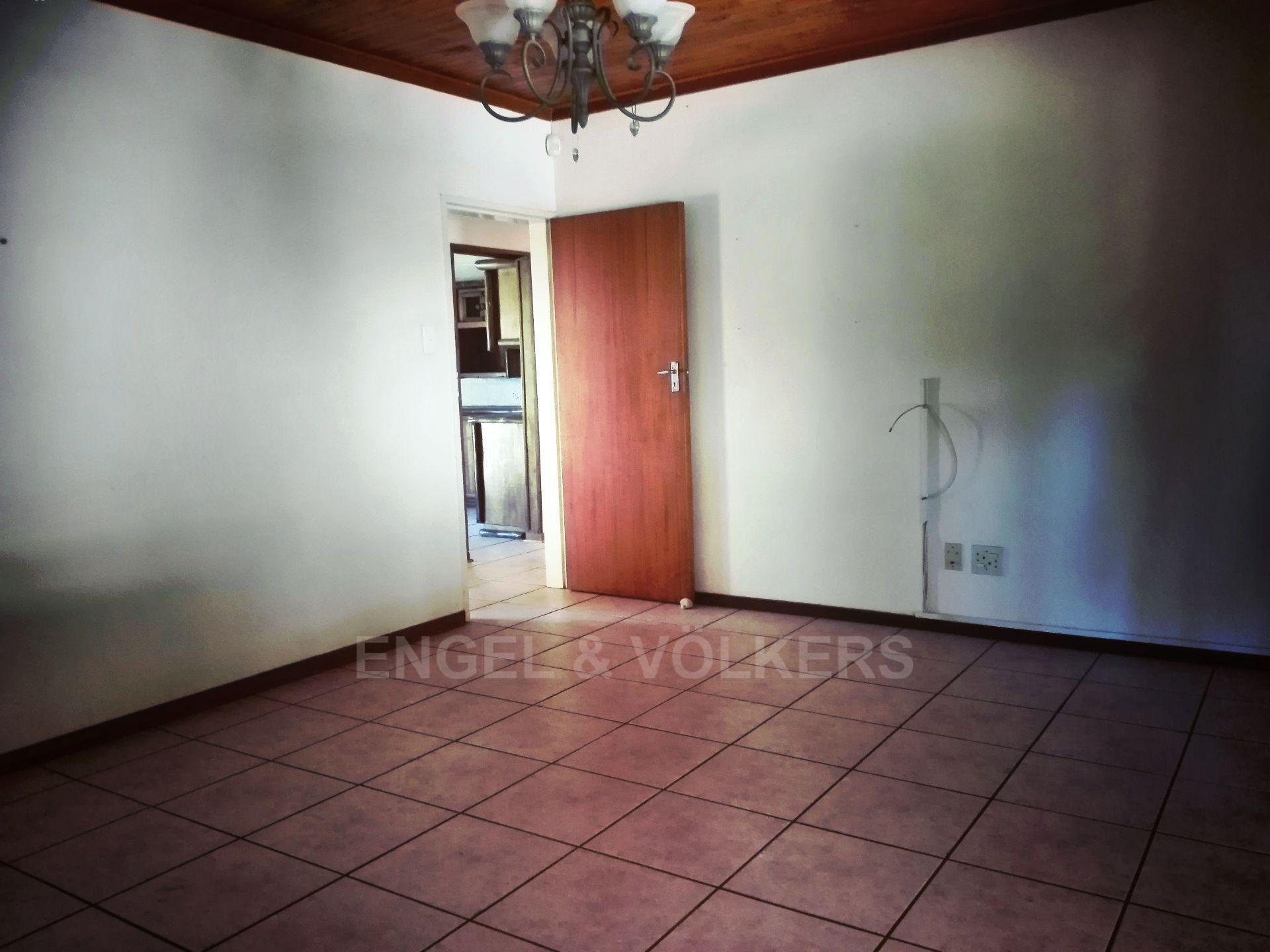 Van Der Hoff Park property for sale. Ref No: 13511325. Picture no 16
