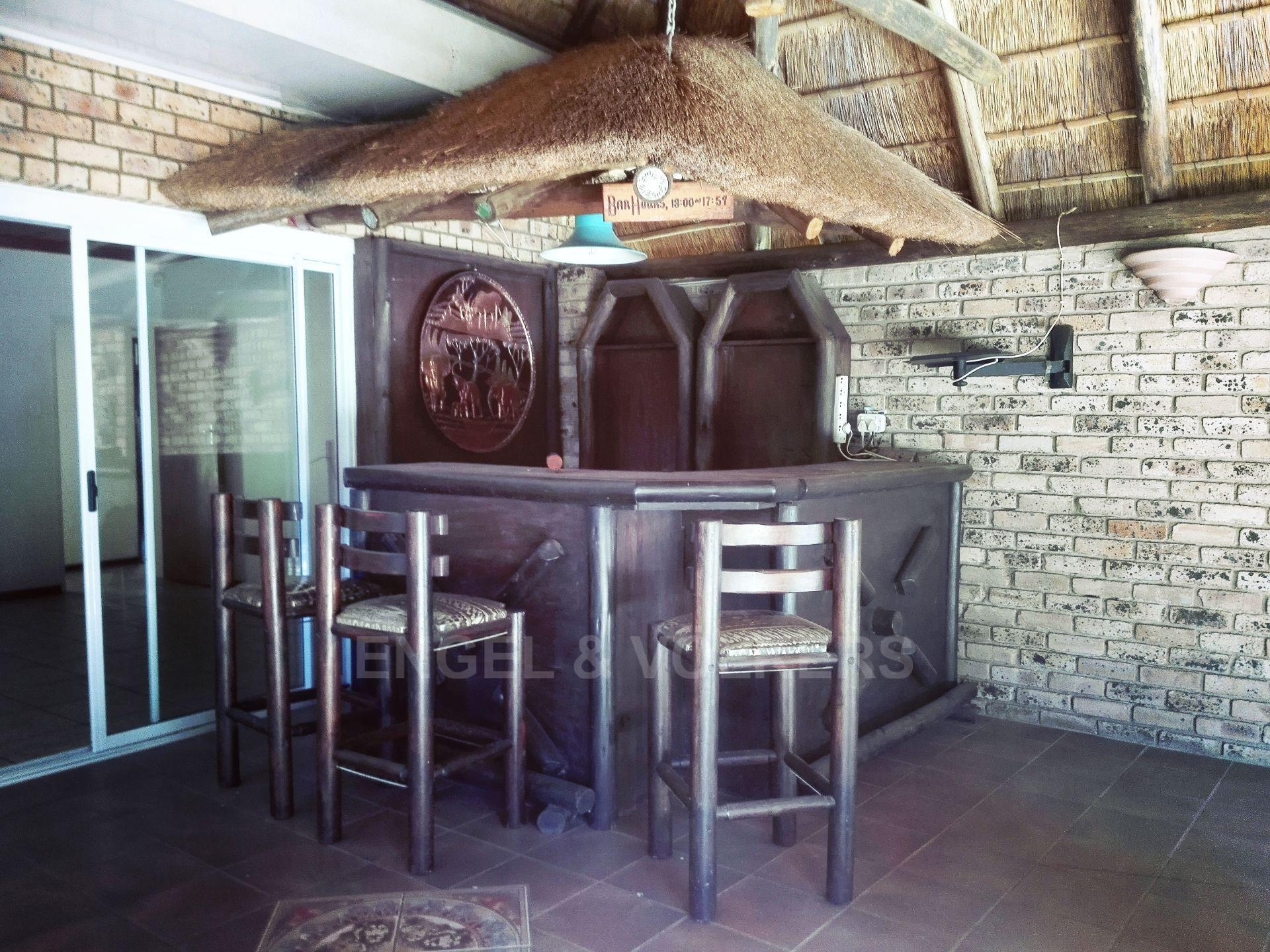 Van Der Hoff Park property for sale. Ref No: 13511325. Picture no 6