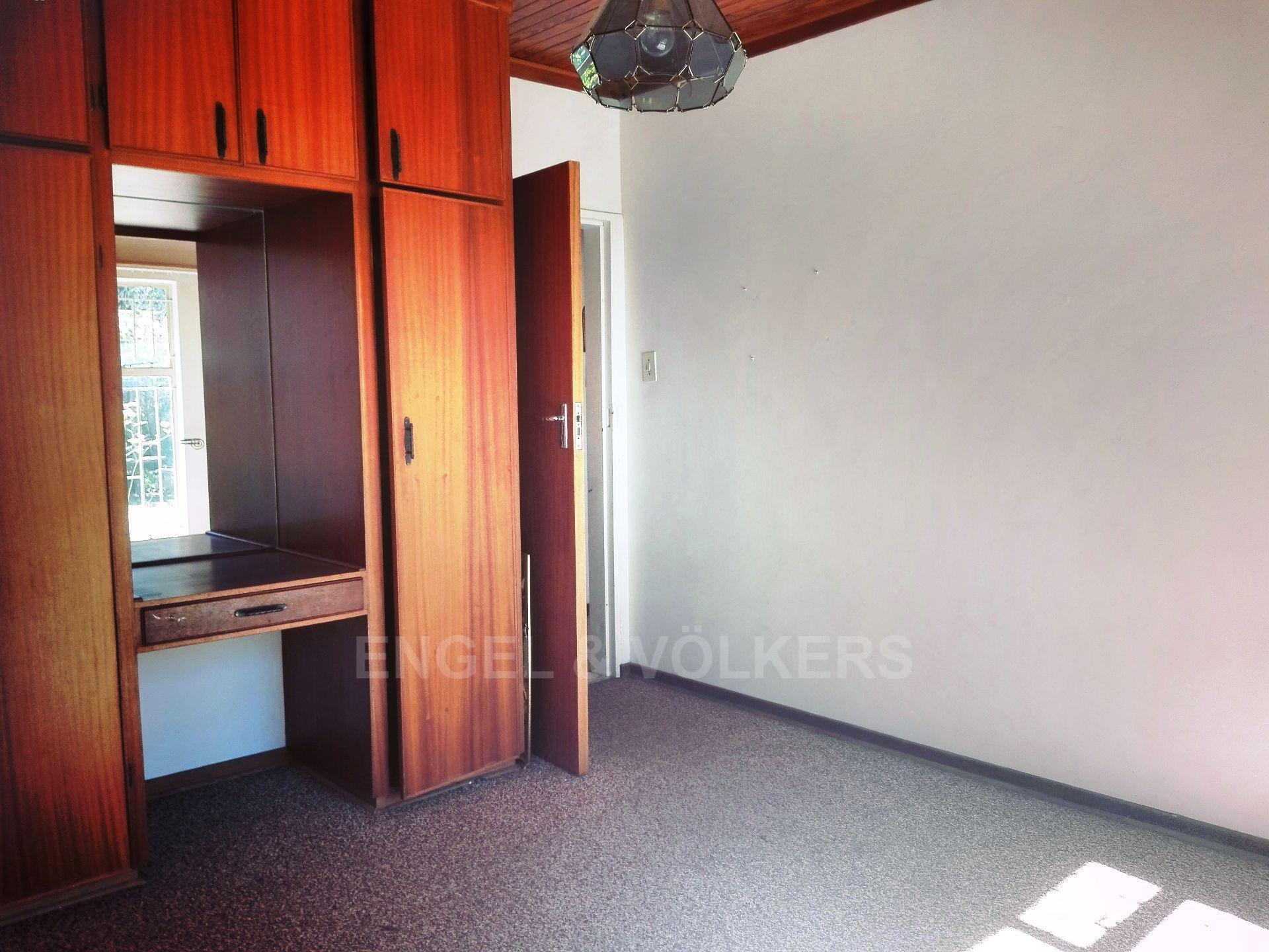 Van Der Hoff Park property for sale. Ref No: 13511325. Picture no 18
