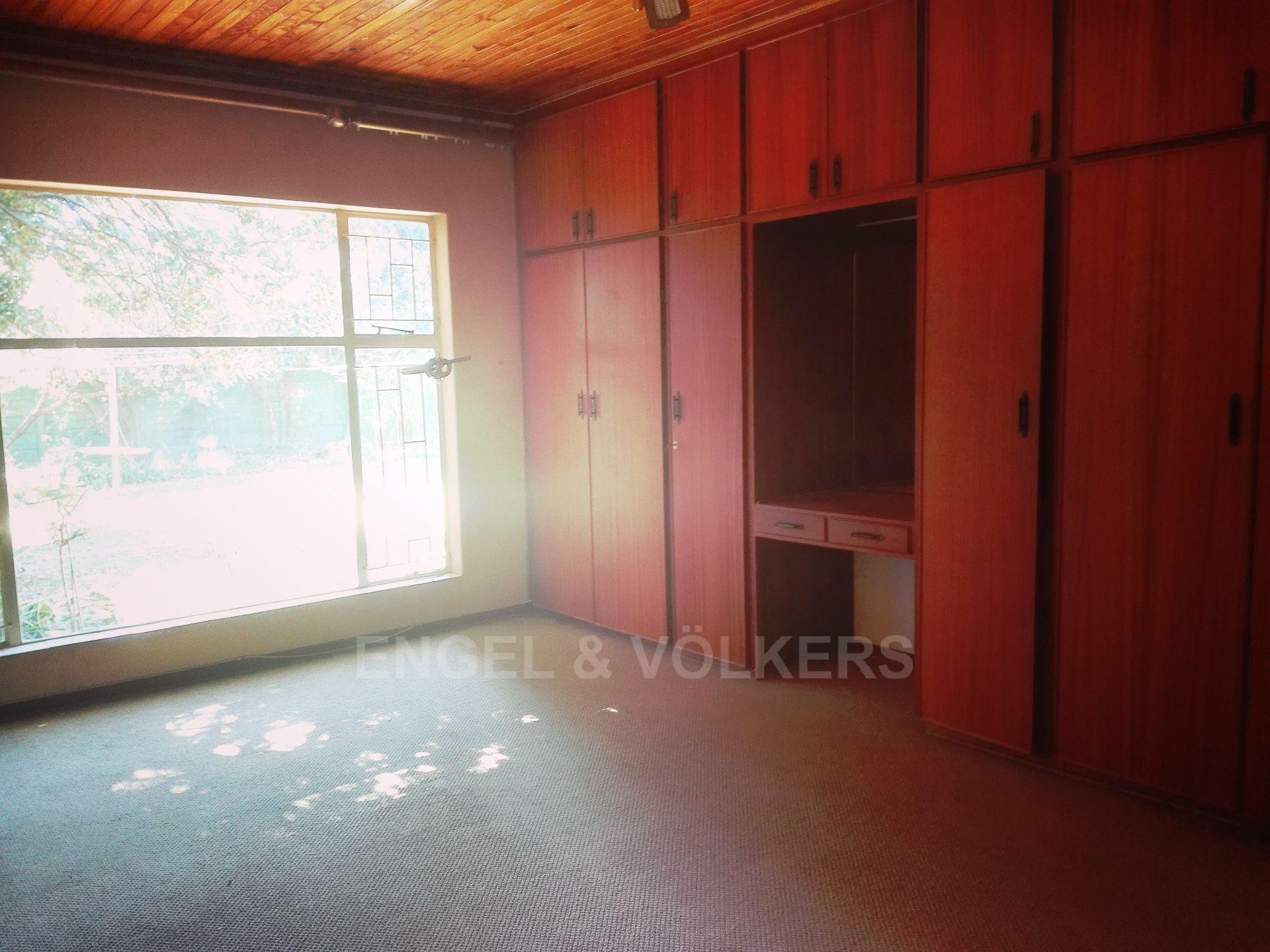 Van Der Hoff Park property for sale. Ref No: 13511325. Picture no 22