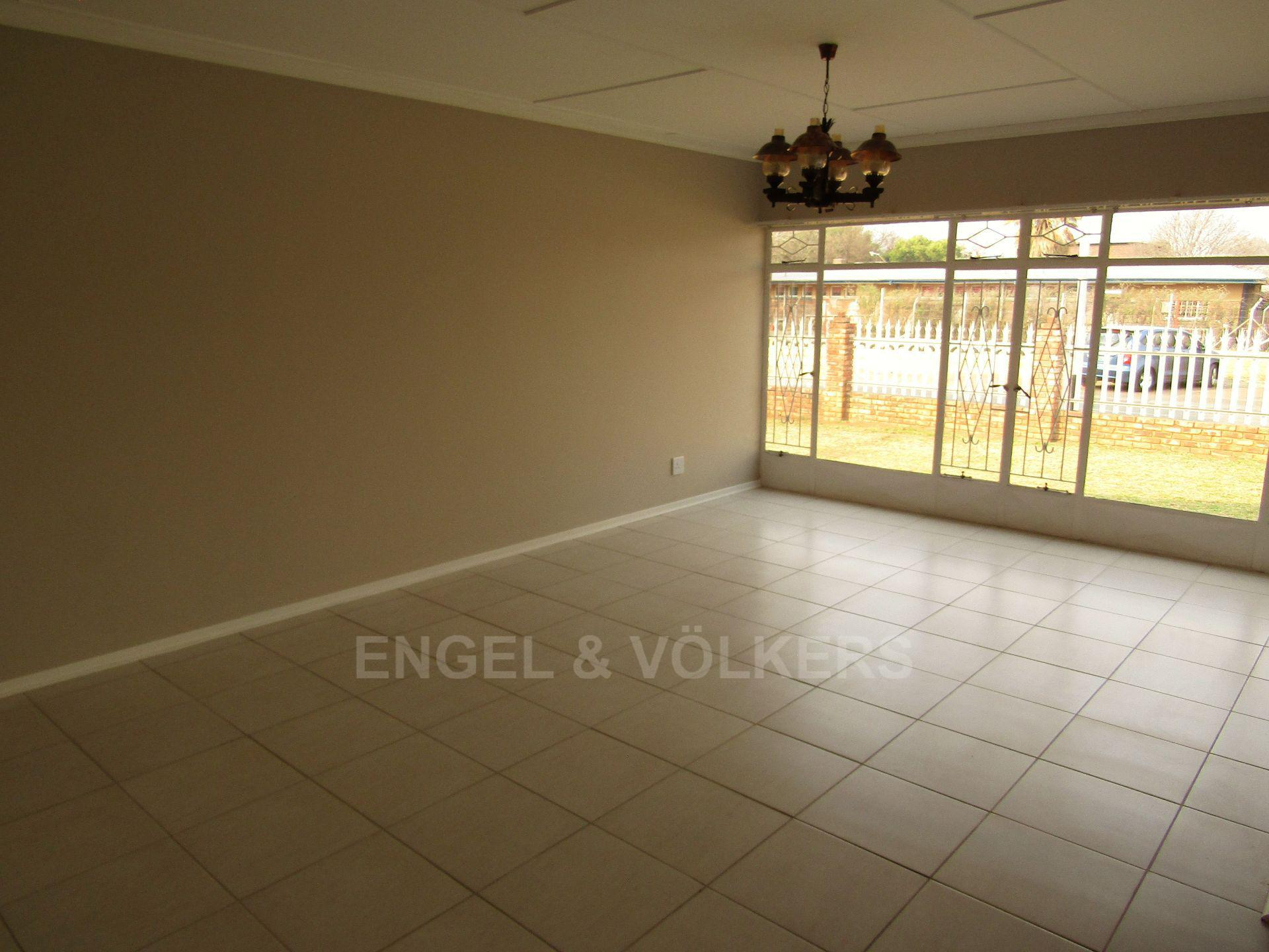 Potchefstroom Central property for sale. Ref No: 13522202. Picture no 6