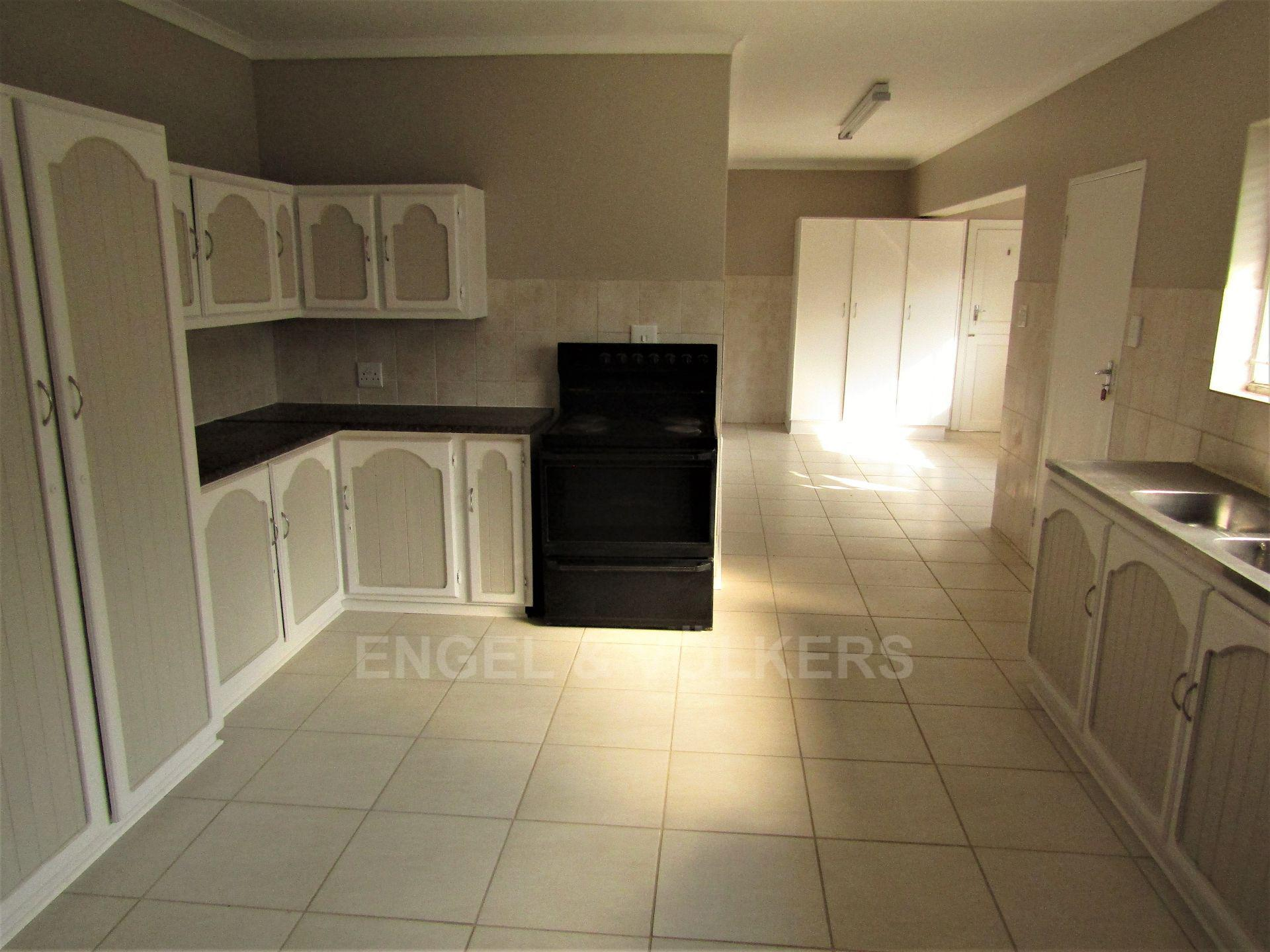 Potchefstroom Central property for sale. Ref No: 13522202. Picture no 9