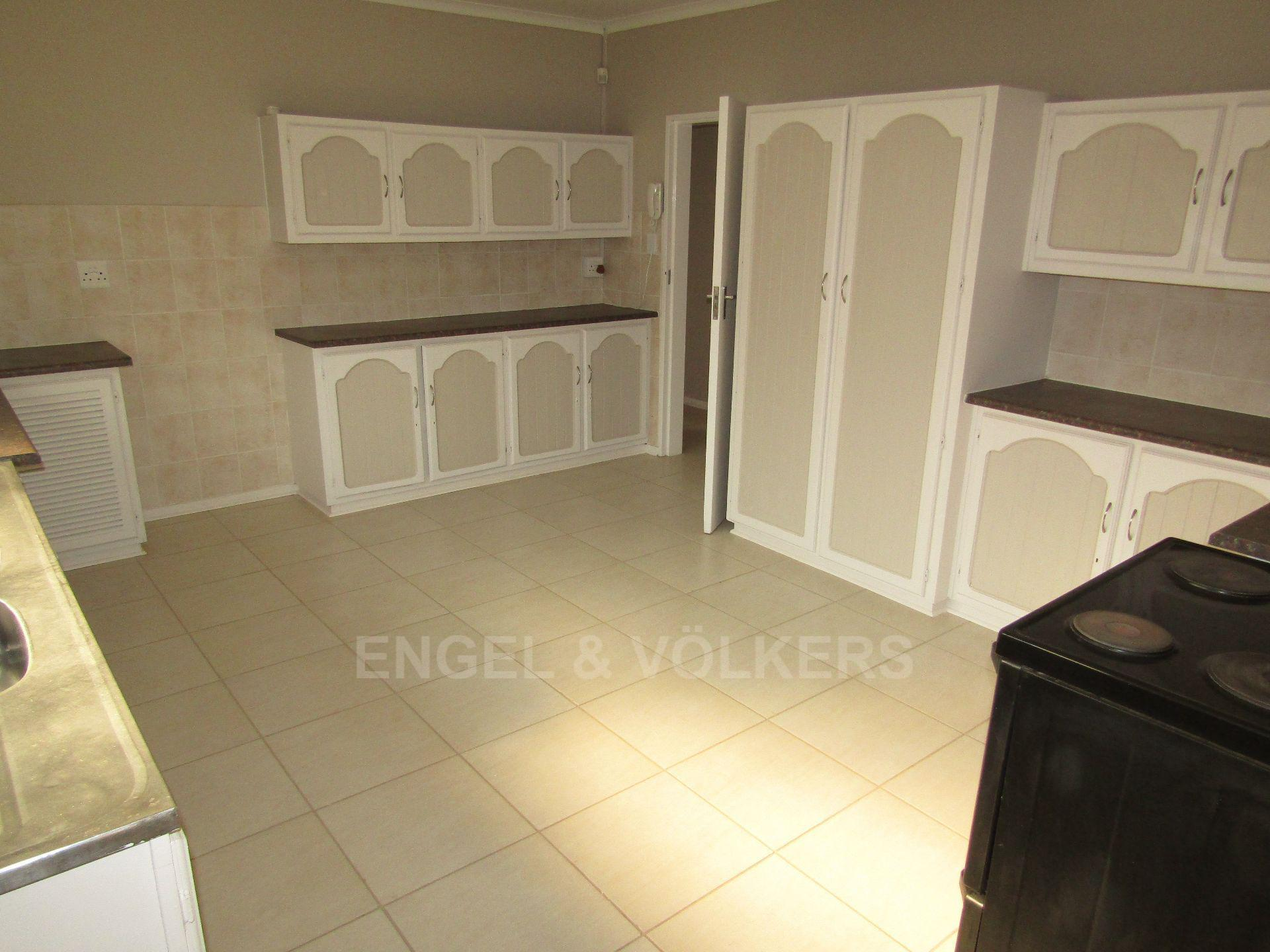 Potchefstroom Central property for sale. Ref No: 13522202. Picture no 8