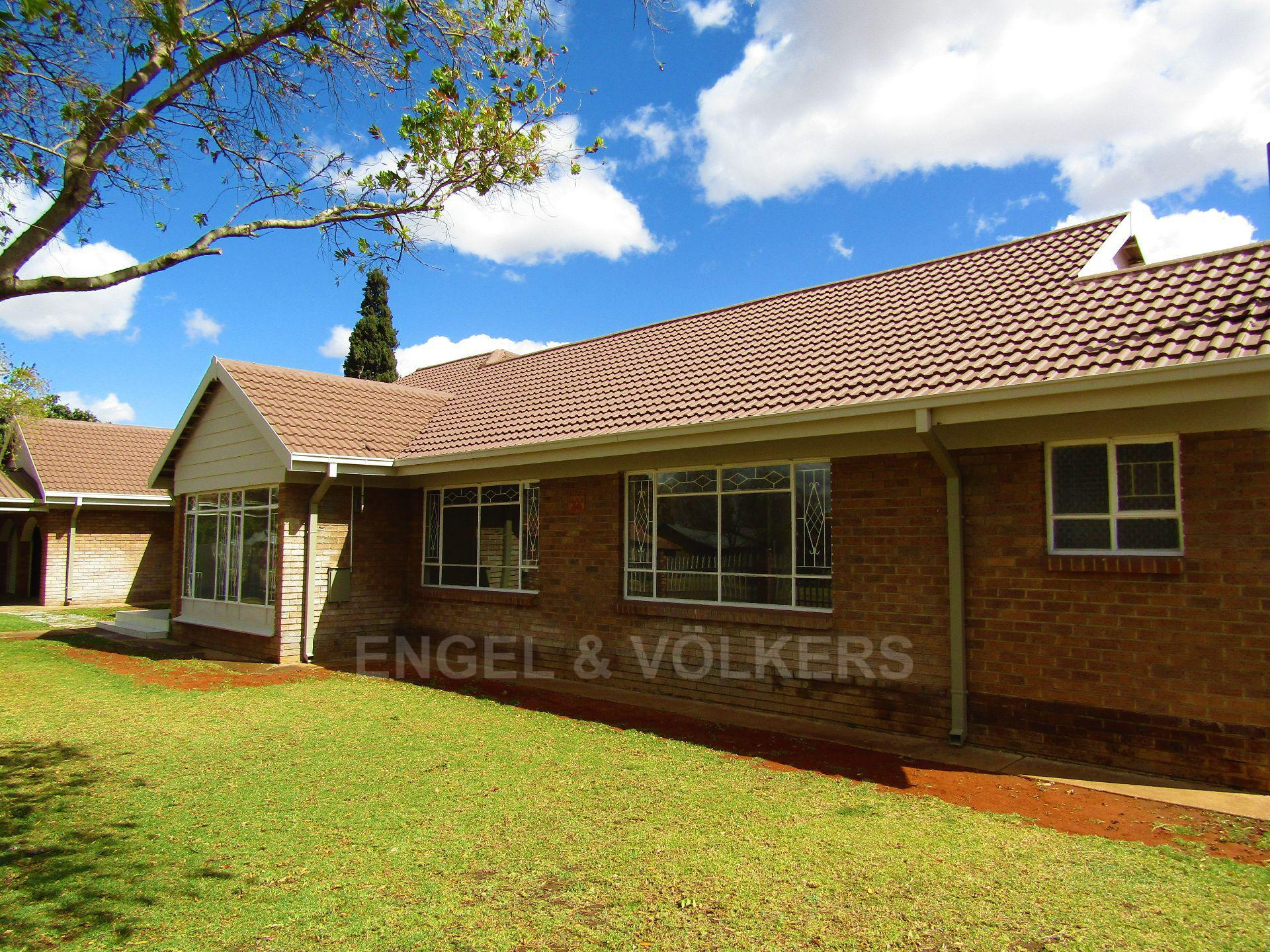 Potchefstroom Central property for sale. Ref No: 13522202. Picture no 3