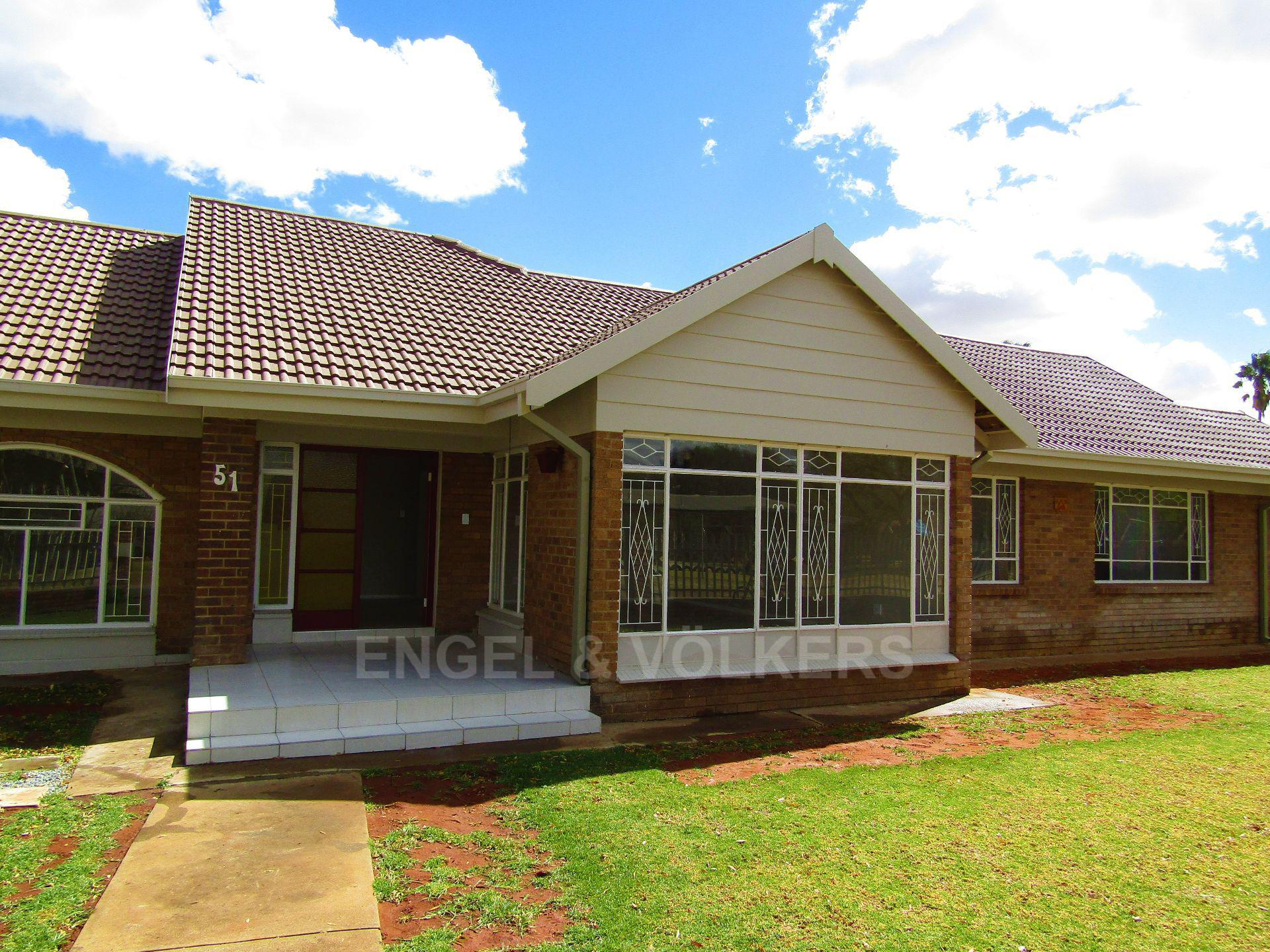Potchefstroom Central property for sale. Ref No: 13522202. Picture no 2
