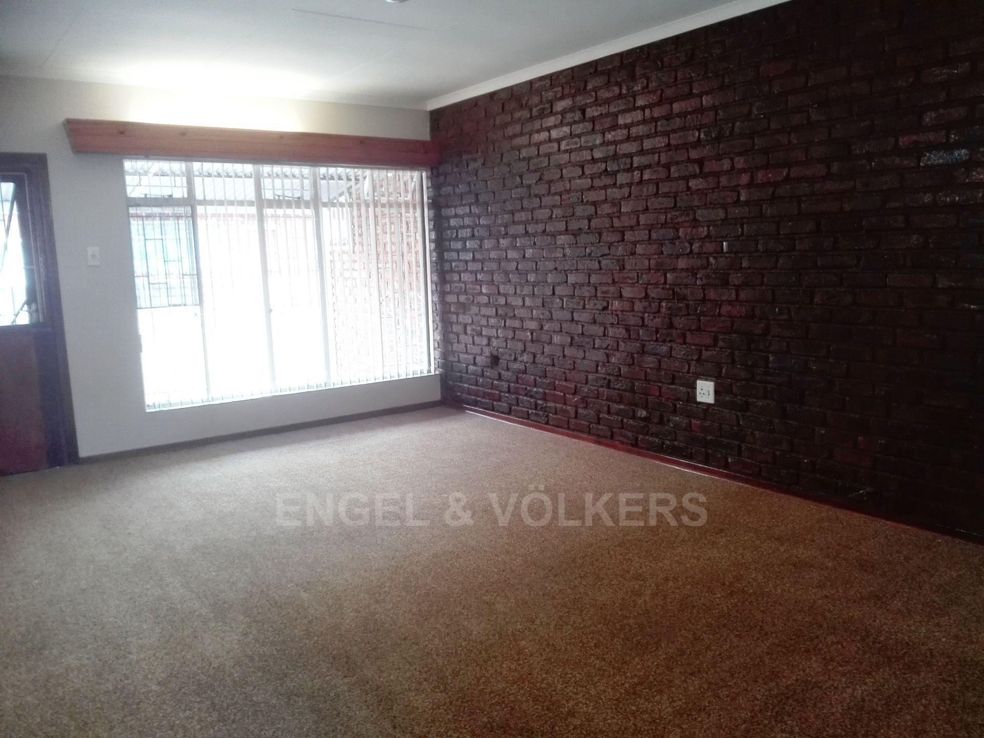 Potchefstroom property for sale. Ref No: 13498695. Picture no 8