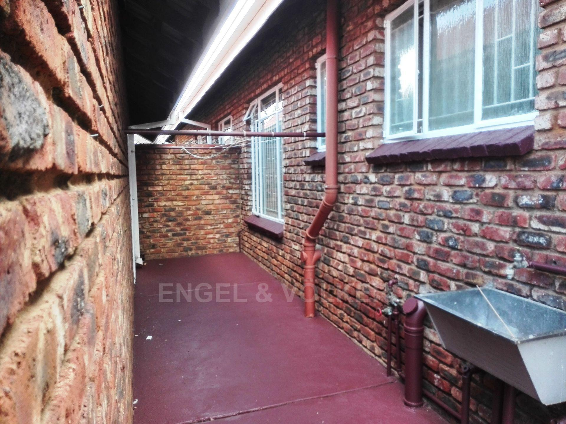 Potchefstroom Central property for sale. Ref No: 13498695. Picture no 3