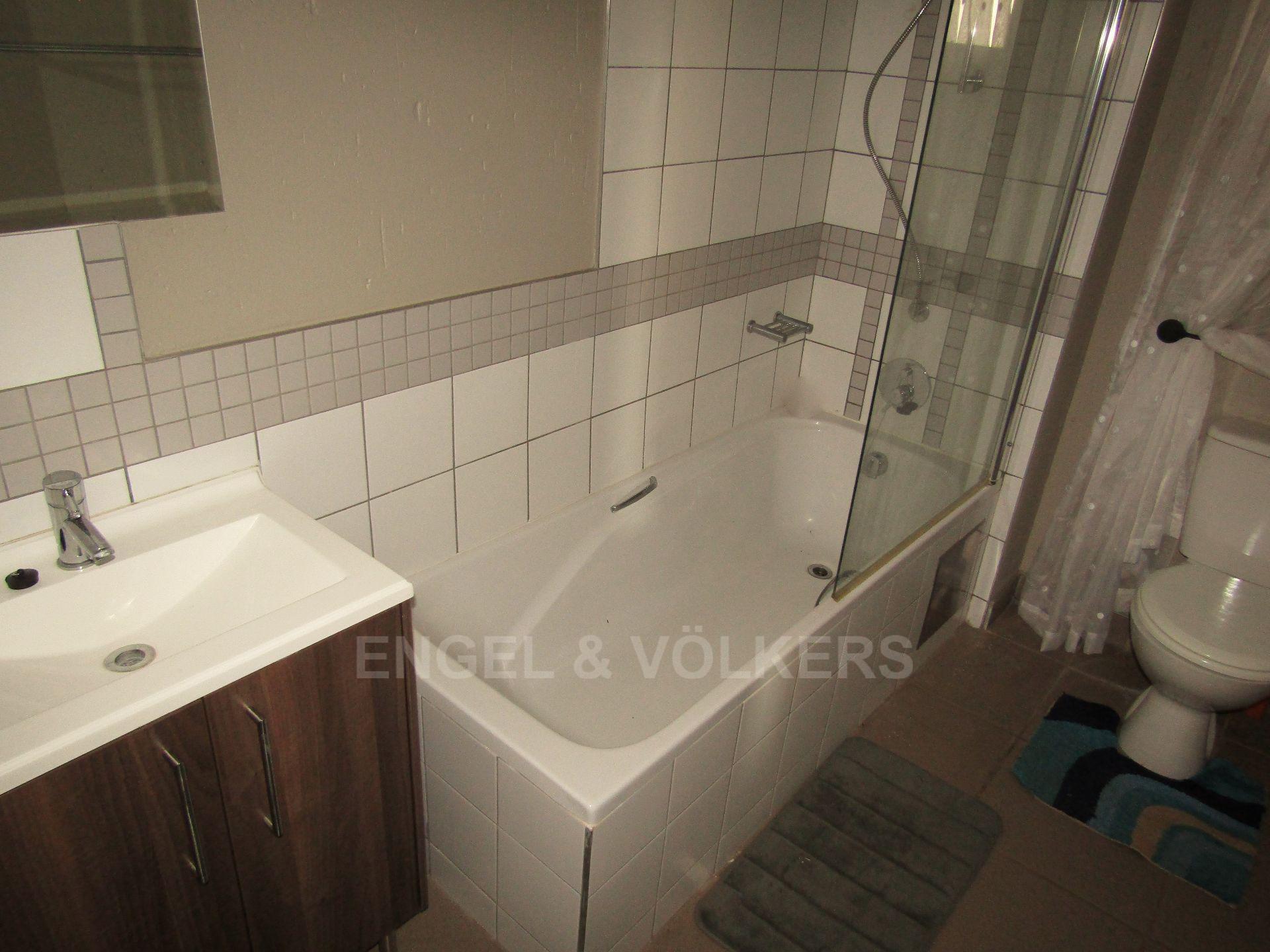 Van Der Hoff Park property for sale. Ref No: 13498718. Picture no 11