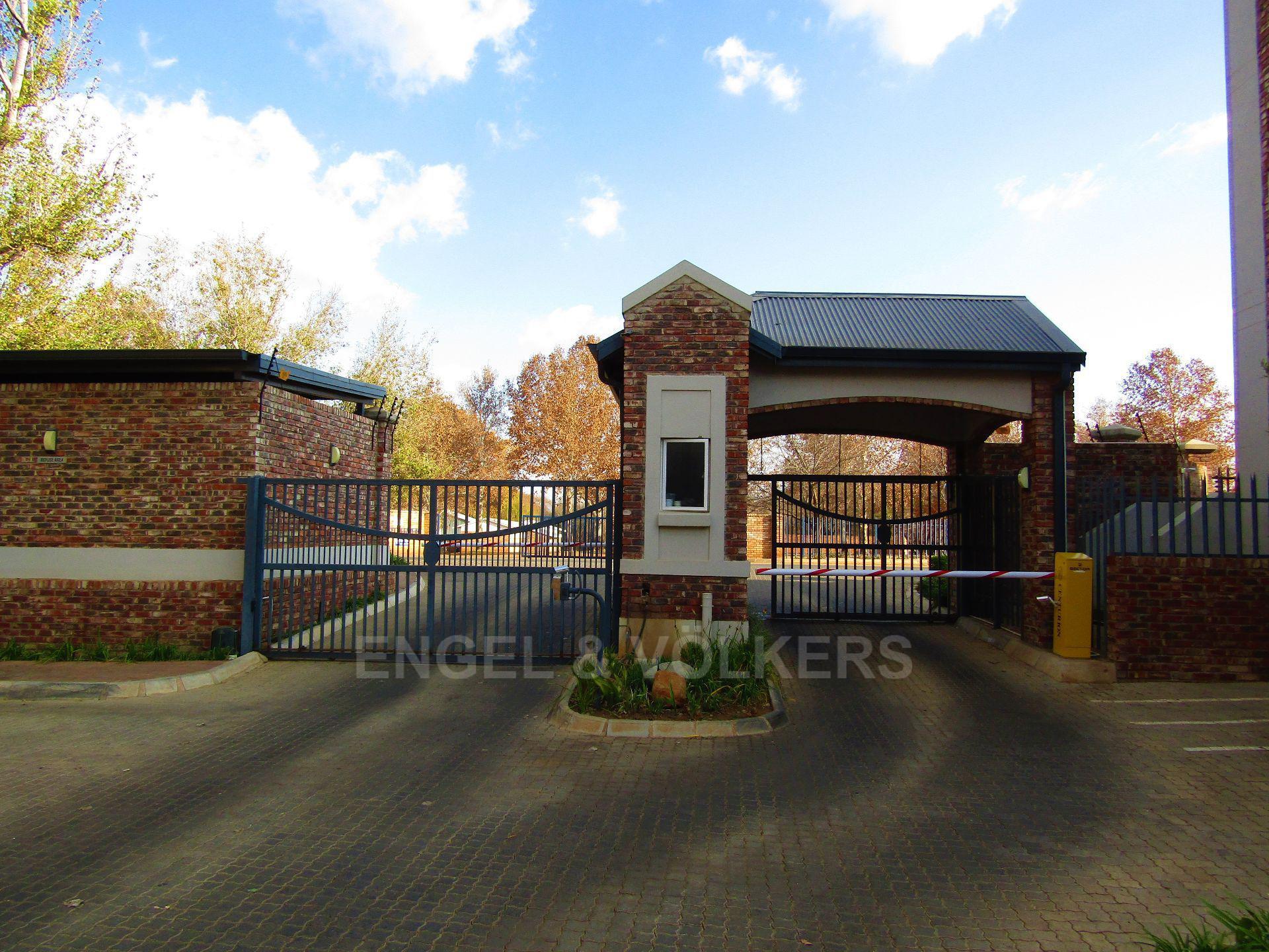 Van Der Hoff Park property for sale. Ref No: 13498718. Picture no 12