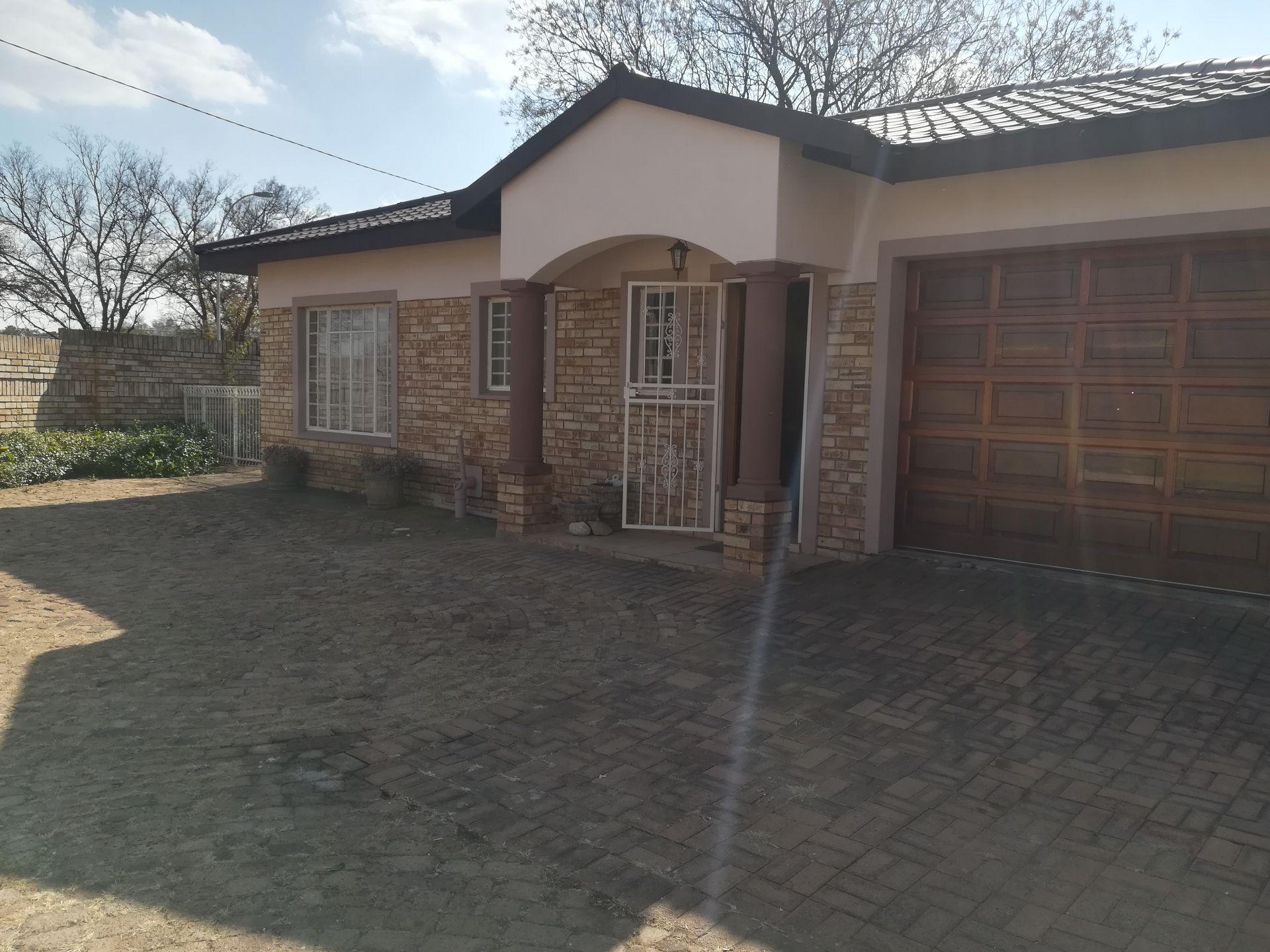 Potchefstroom, Potchefstroom Property  | Houses To Rent Potchefstroom, POTCHEFSTROOM, House 2 bedrooms property to rent Price:,  6,00*