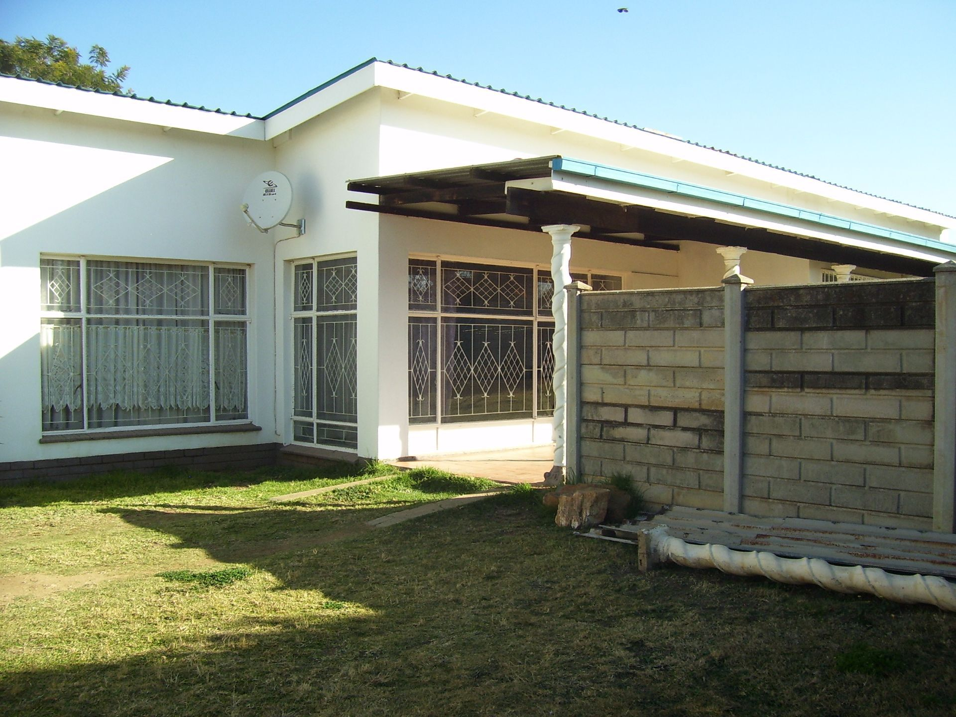 Suid Dorp property for sale. Ref No: 13503270. Picture no 4